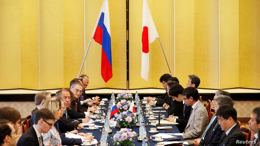 Russian Foreign Minister Sergei Lavrov speaks during a meeting with Japanese Foreign Minister Taro Kono at the Iikura Guest House in Tokyo, Japan, May 31, 2019.  REUTERS/Issei Kato - RC1E93268440