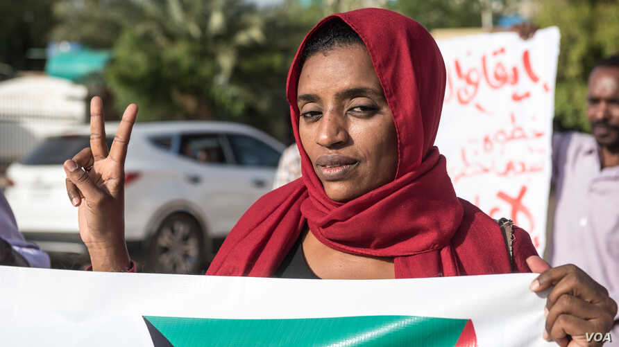 Inside the sit-in, journalists continued their protest for press freedom in Sudan.
