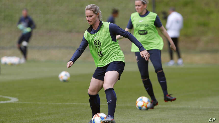 France women's national soccer team captain Amandine Henry attends a training session ahead of the FIFA Women's World Cup in France at the Clairefontaine training center, outside Paris, May 29, 2019.