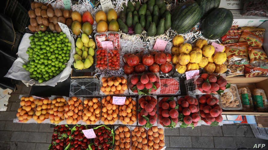 Fruits are displayed at a market in the Syrian capital Damascus on May 19 , 2019,  during the Muslim holy fasting month of Ramadan.