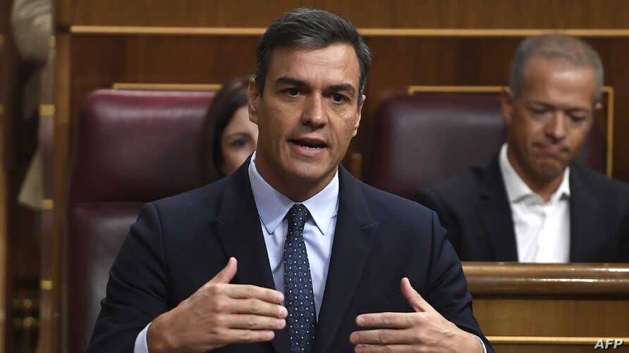 Spanish acting Prime Minister Pedro Sanchez answers questions during a parliament plenary session, Sept. 18, 2019 in Madrid.