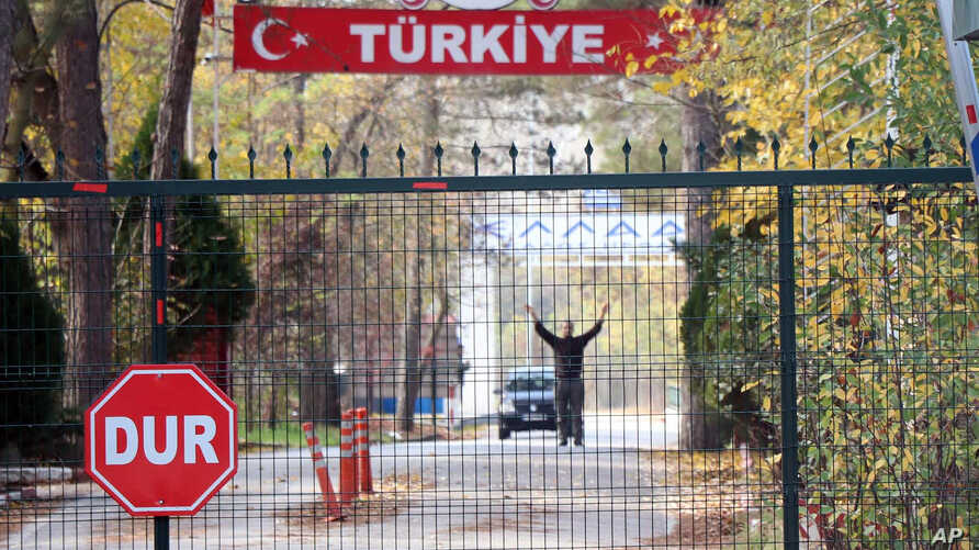 An man who is identified by Turkish news reports as a U.S. citizen who has been deported by Turkey and is now stuck in the…