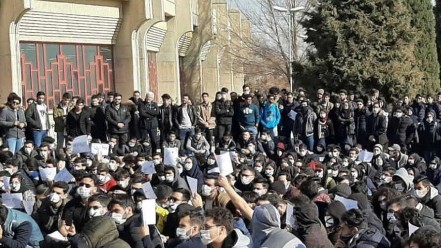 Students at Isfahan University of Technology stage an apparent silent sit-in on Jan. 15, 2020, the 5th day of anti-government student protests in Iran. VOA could not independently verify the authenticity of this photo.