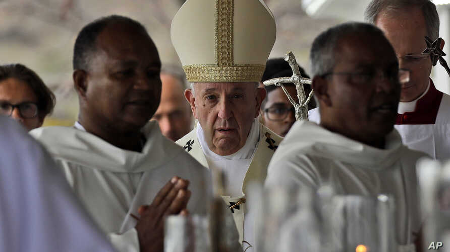 Pope Honors Mauritius Diversity, Urges Ethical Development
