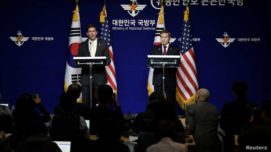 U.S. Defense Secretary Mark Esper and South Korean Defence Minister Jeong Kyeong-doo hold a joint news conference after the…