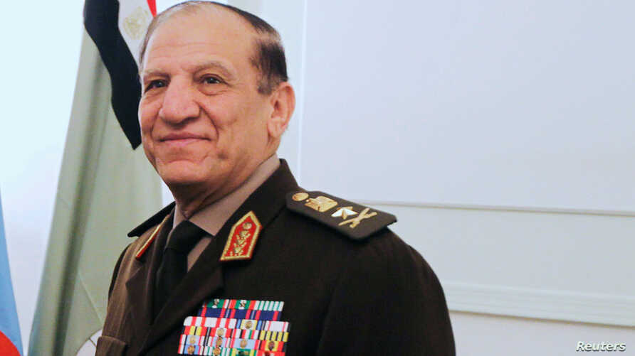FILE PHOTO - Egypt's Chief of Staff of the Armed Forces Sami Anan during a meeting in Cairo, Egypt March 29, 2011. REUTERS…