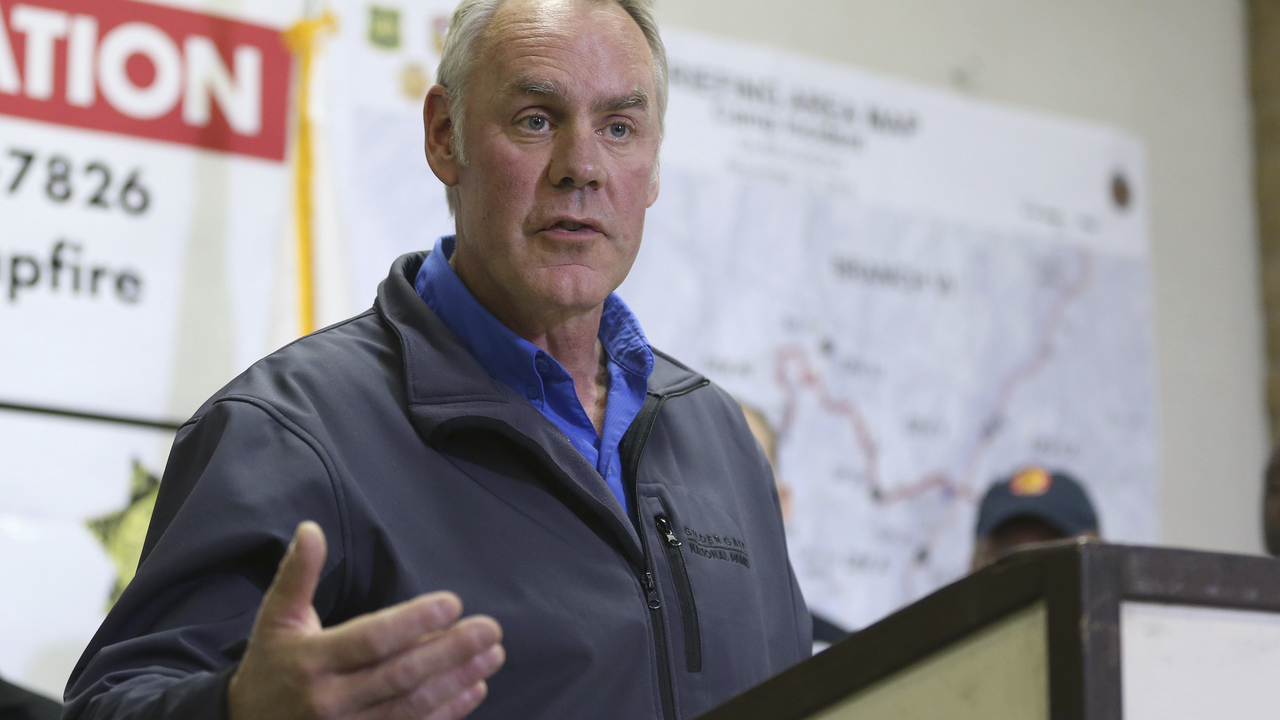 Trump: Interior Secretary Zinke to Leave at Year's End   Voice of