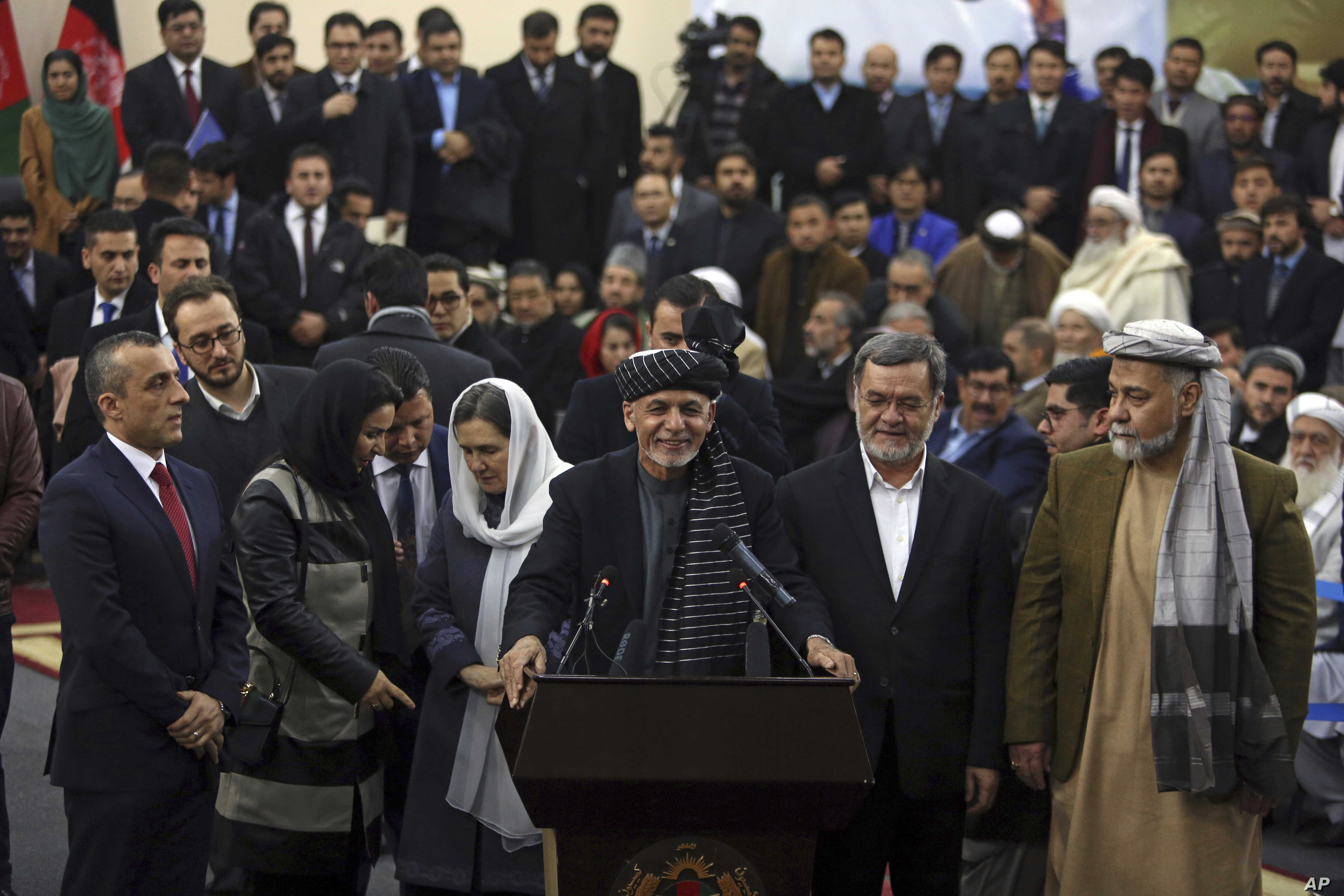 Afghan Presidential Hopefuls Submit Nomination Papers