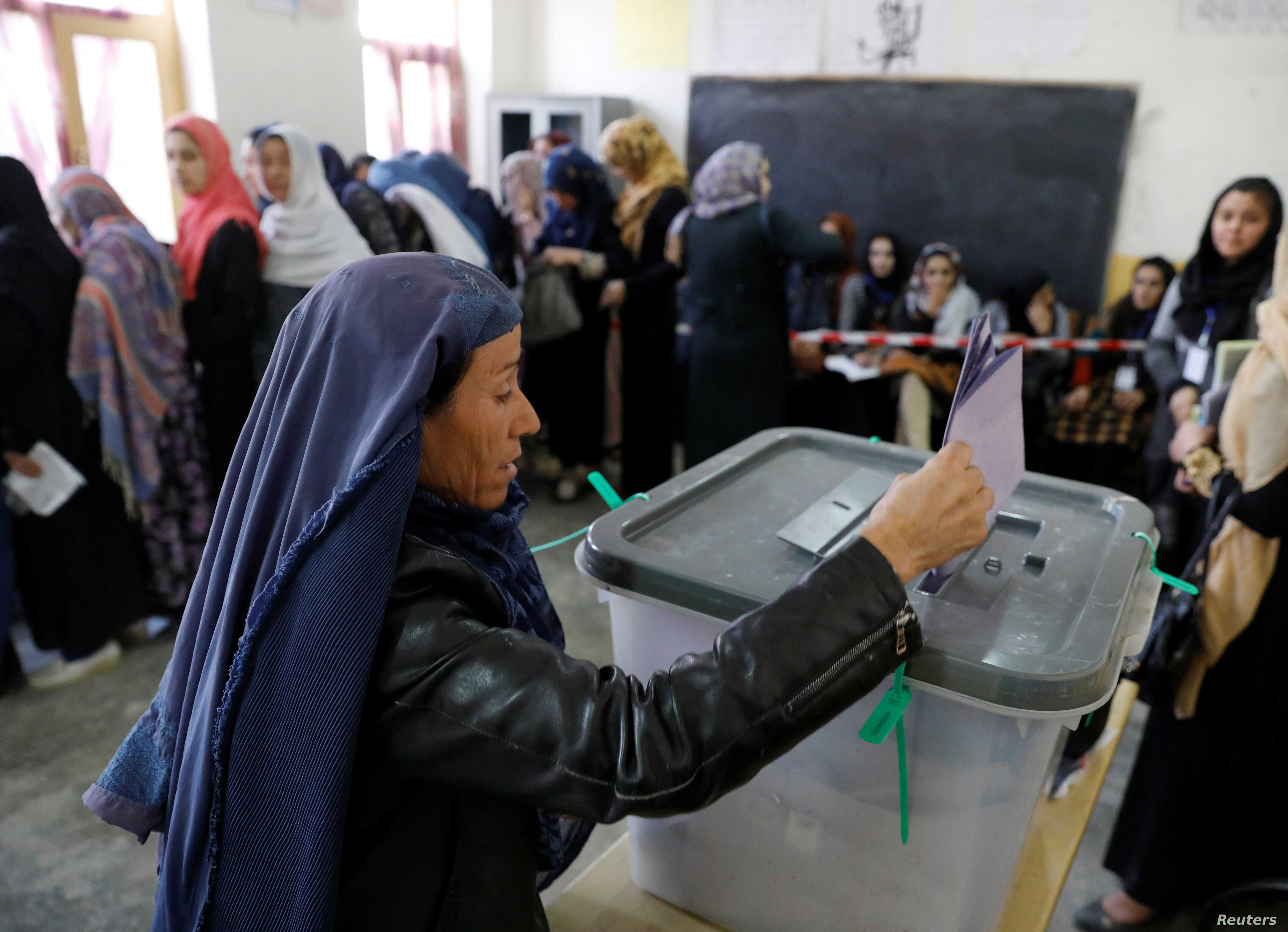 Millions of Afghans Vote Despite Attacks, Threats | Voice of