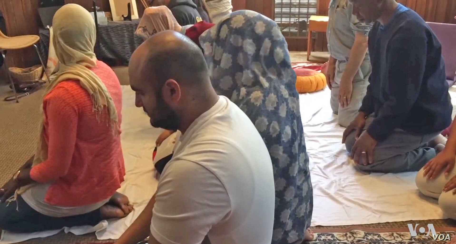 Men and Women Pray Together at Unconventional Mosque | Voice of