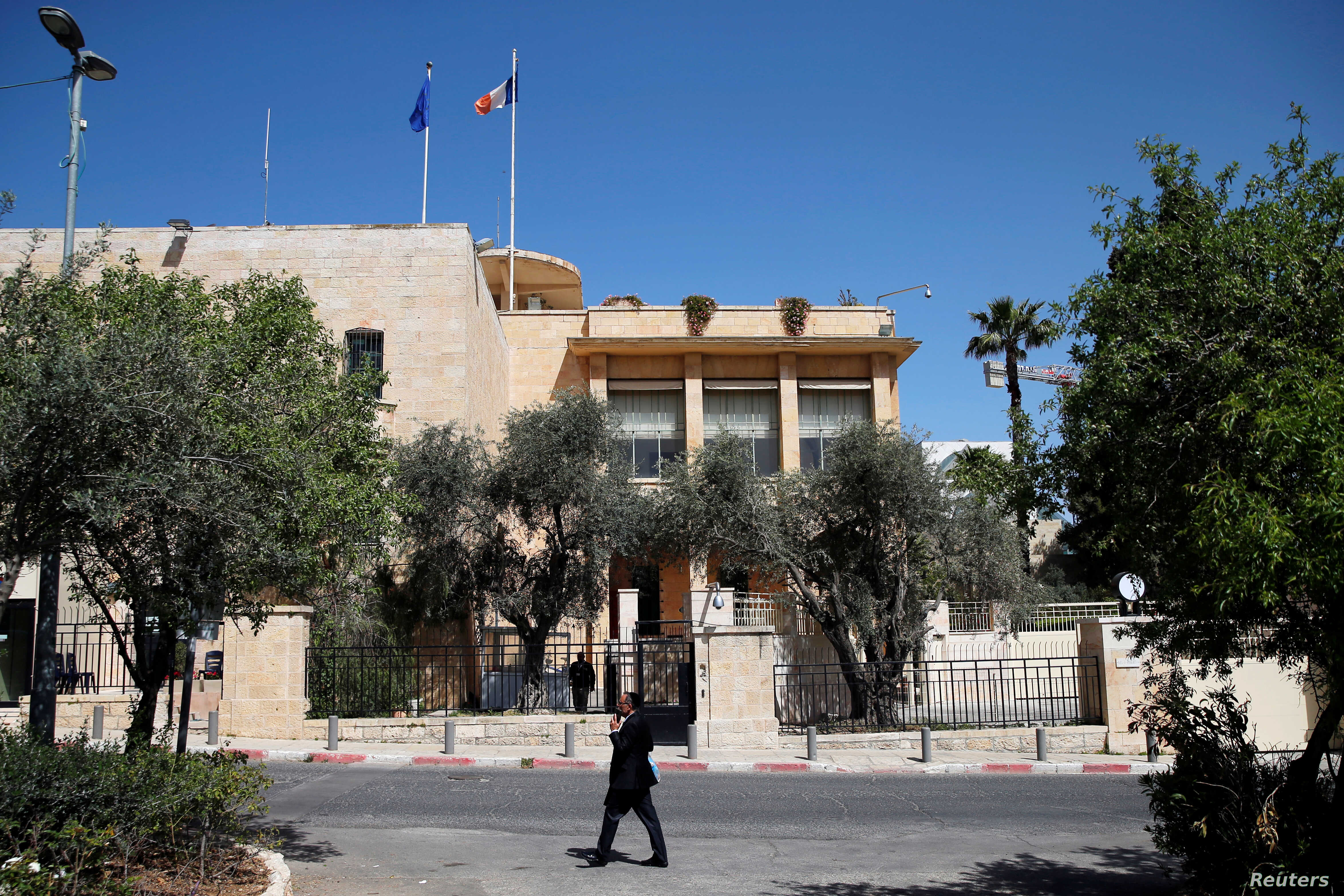 Israel Arrests French Consulate Employee for Gaza Smuggling