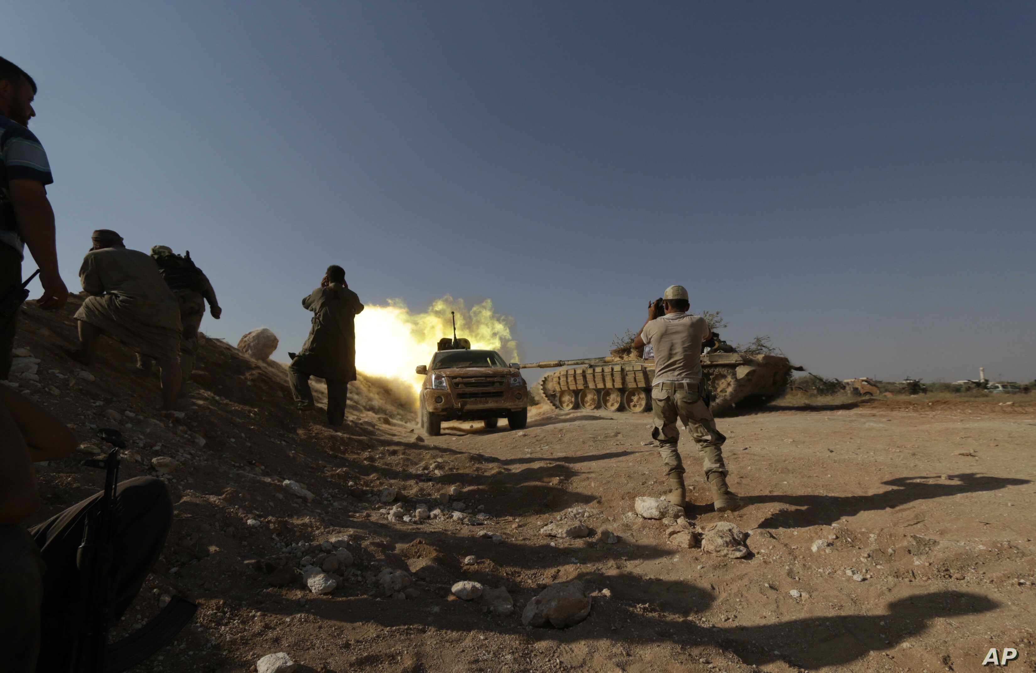 Syria Rebels Repel Ground Assault, Call for US Help   Voice