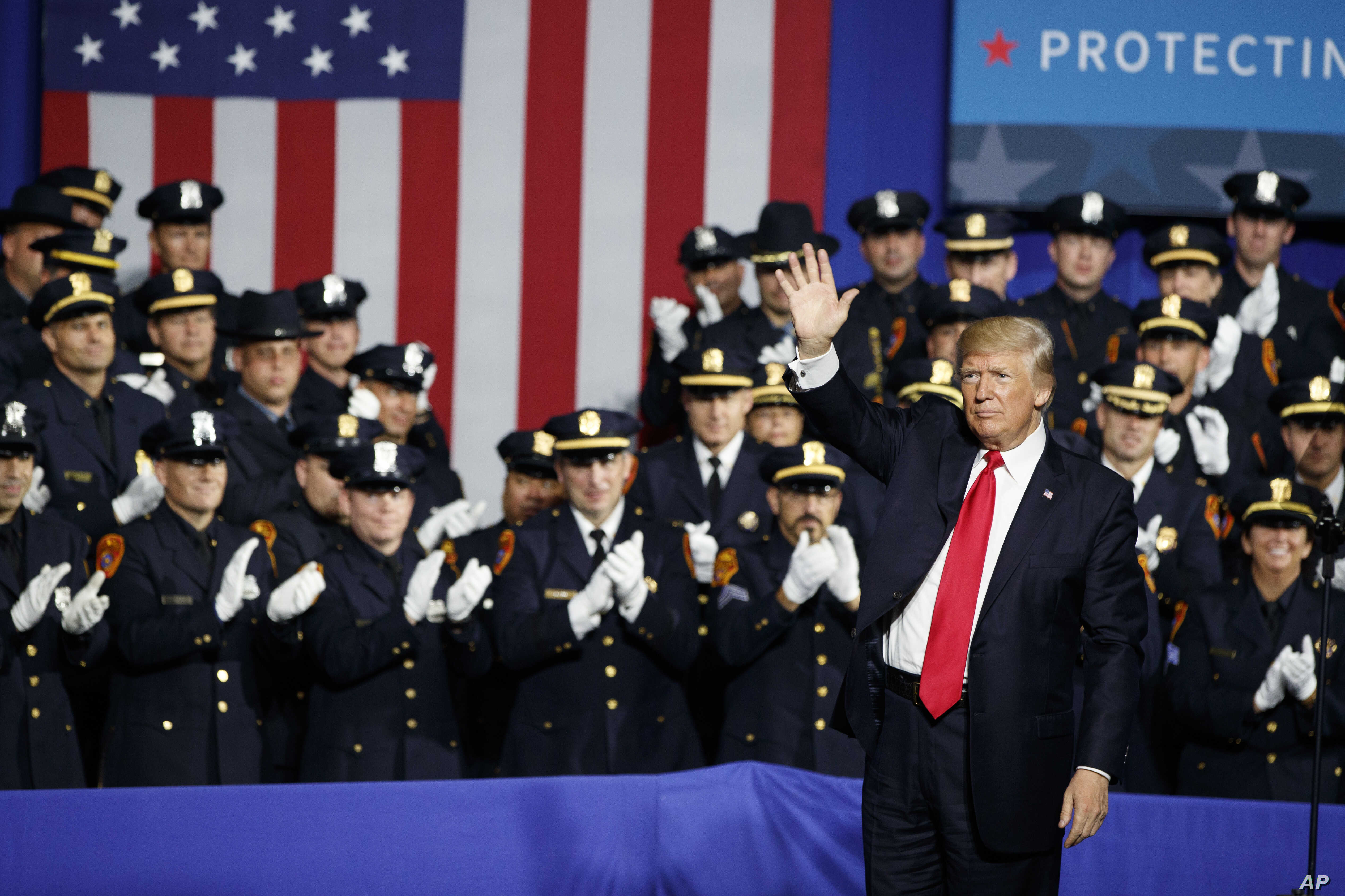 Trump Calls for 10,000 More Immigration Officers to Combat
