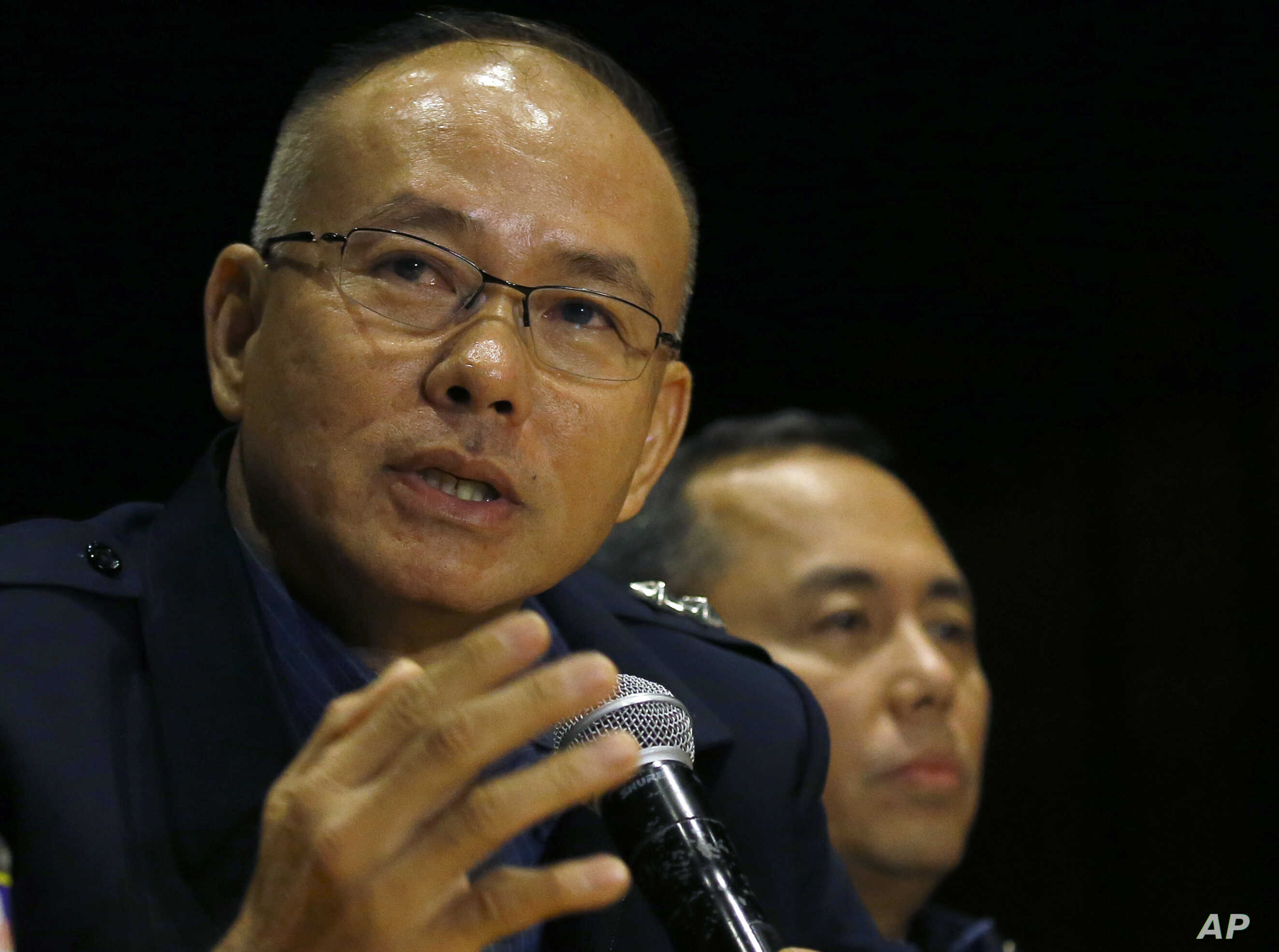 Police Gen. Oscar Albayalde speaks at a news conference on the attack by a gunman at Resorts World Manila complex where a security video of the attack was made public, June 3, 2017.