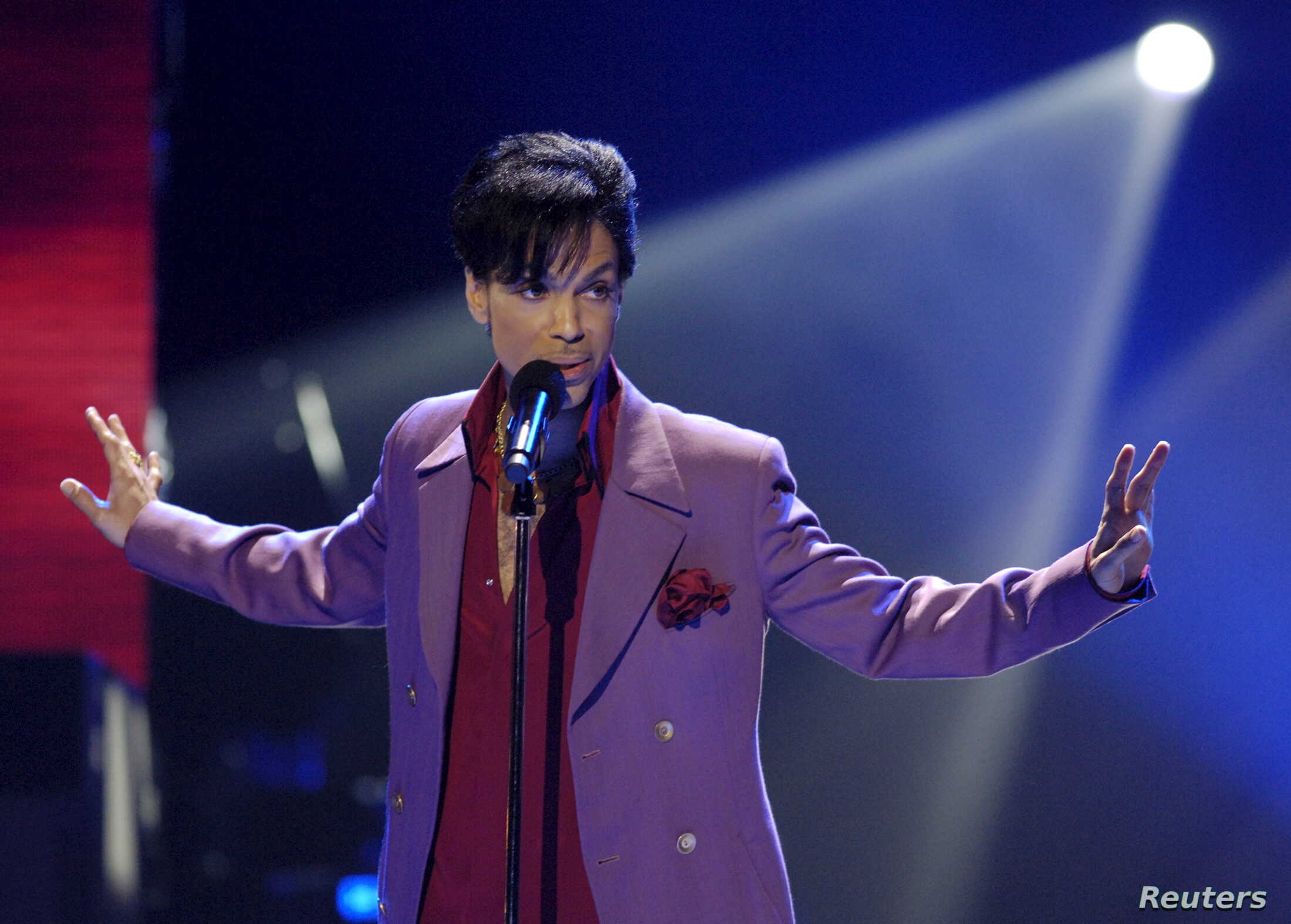 Judge Blocks Sound Engineer's Release of Prince Music | Voice of