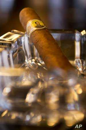 Luxury Cigars in Demand in South Africa as Cigarette Smoking