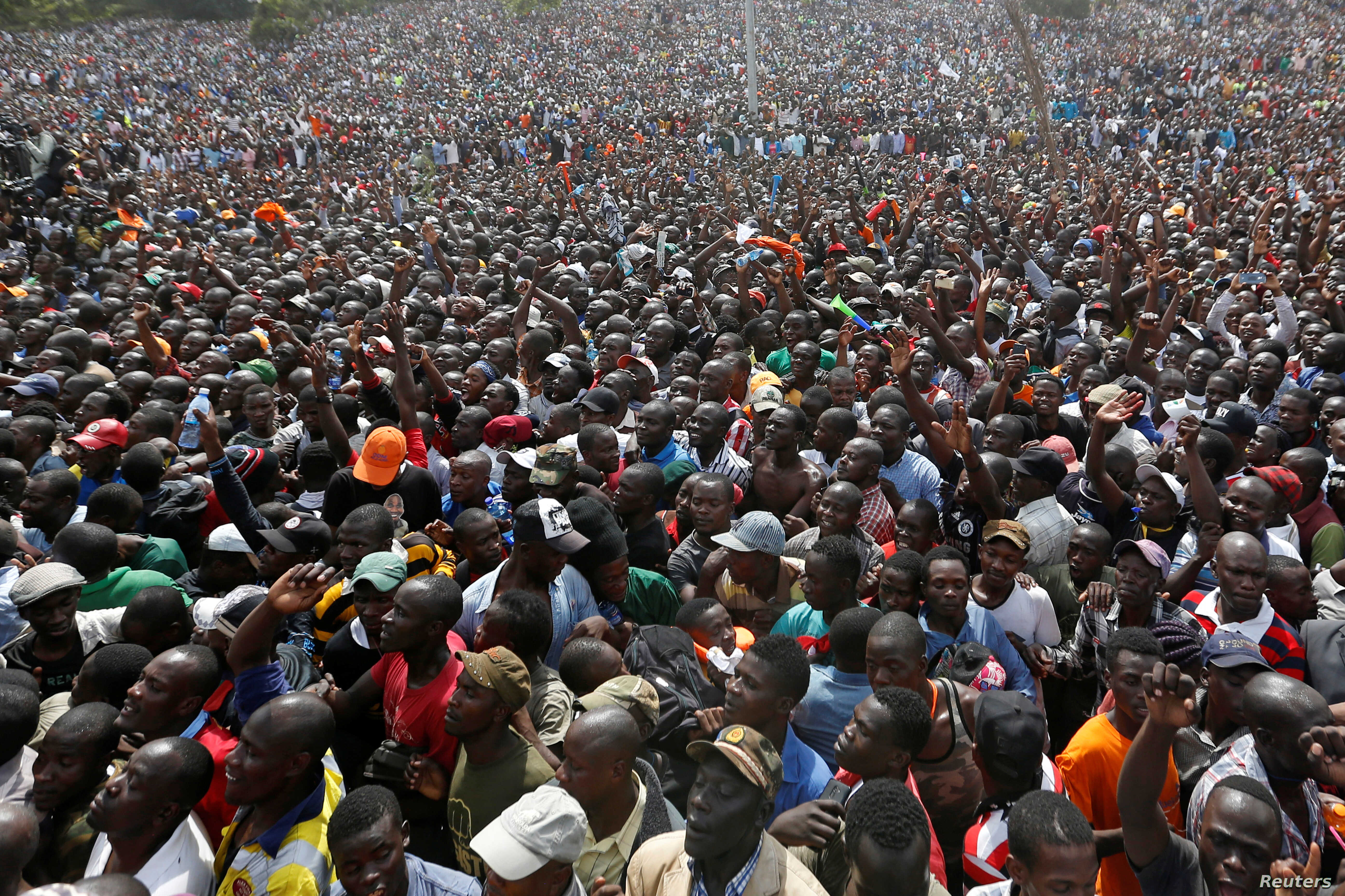 Supporters of Kenyan opposition leader Raila Odinga of the National Super Alliance (NASA) coalition gather during Odinga's swearing-in ceremony as the president of the People's Assembly in Nairobi, Kenya, Jan. 30, 2018.
