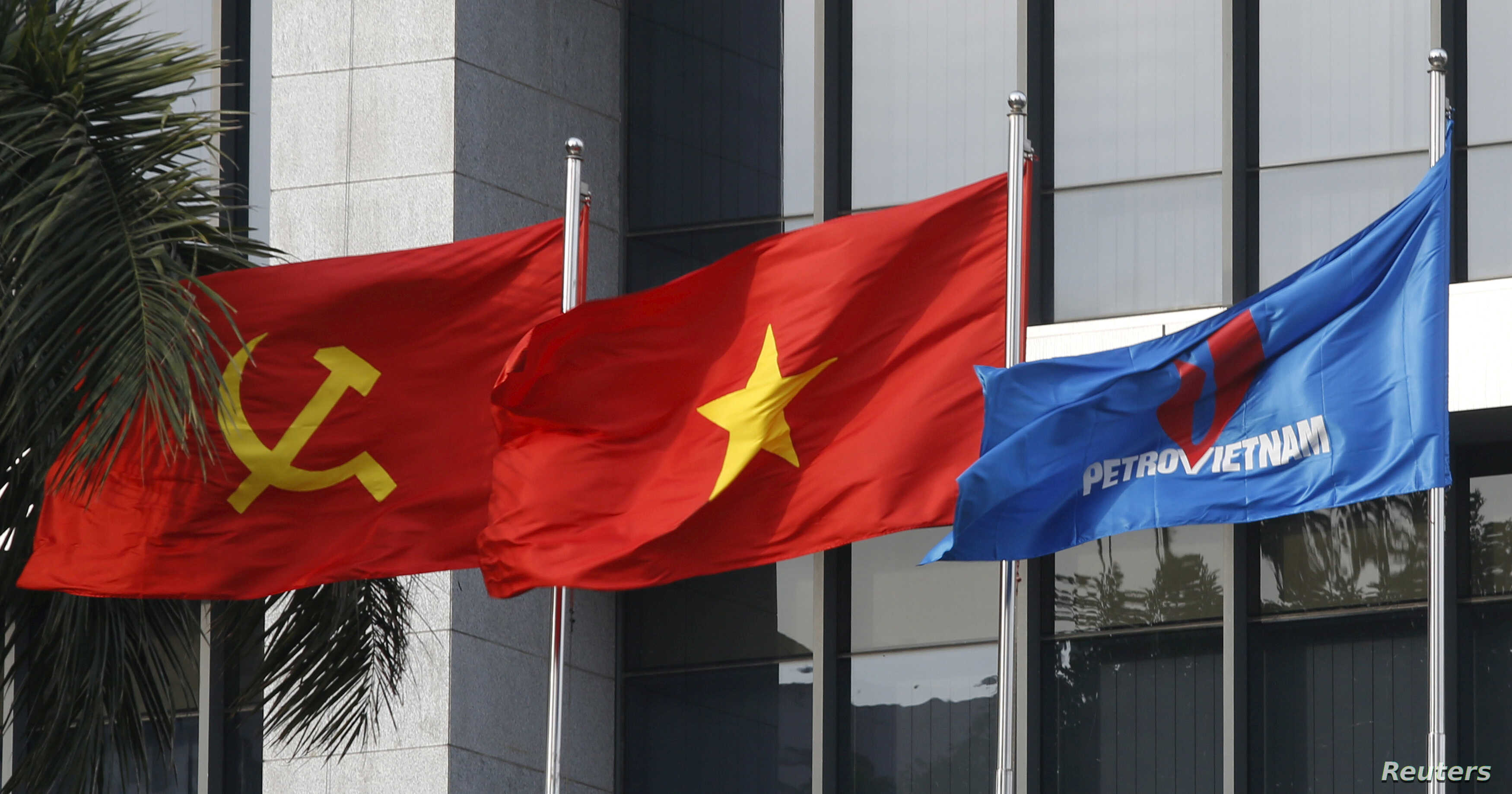World Oil Prices Help Vietnam Expand an Already Fast-Growing