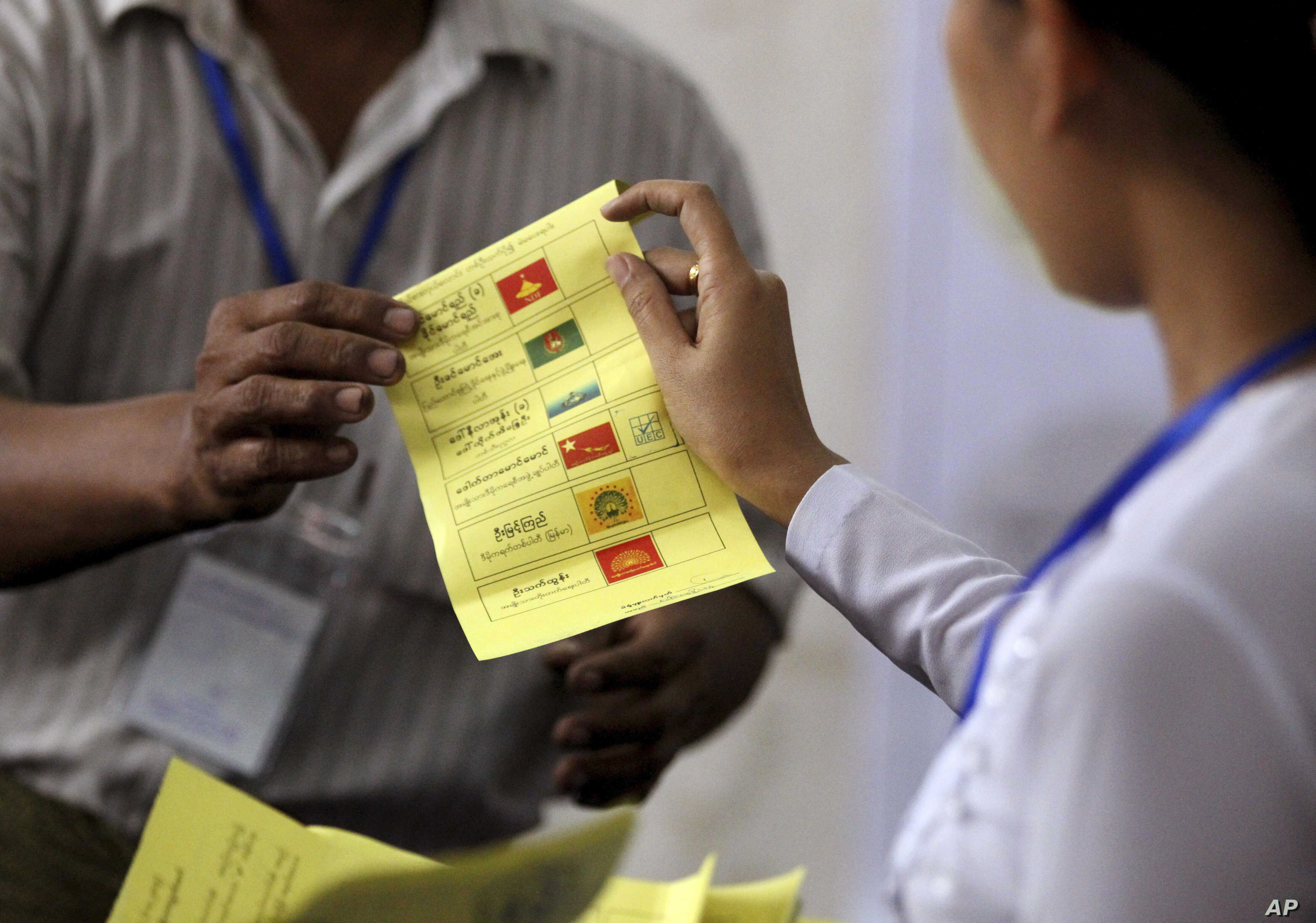 Suu Kyi S Party Retains Some Support In Myanmar Loses Some