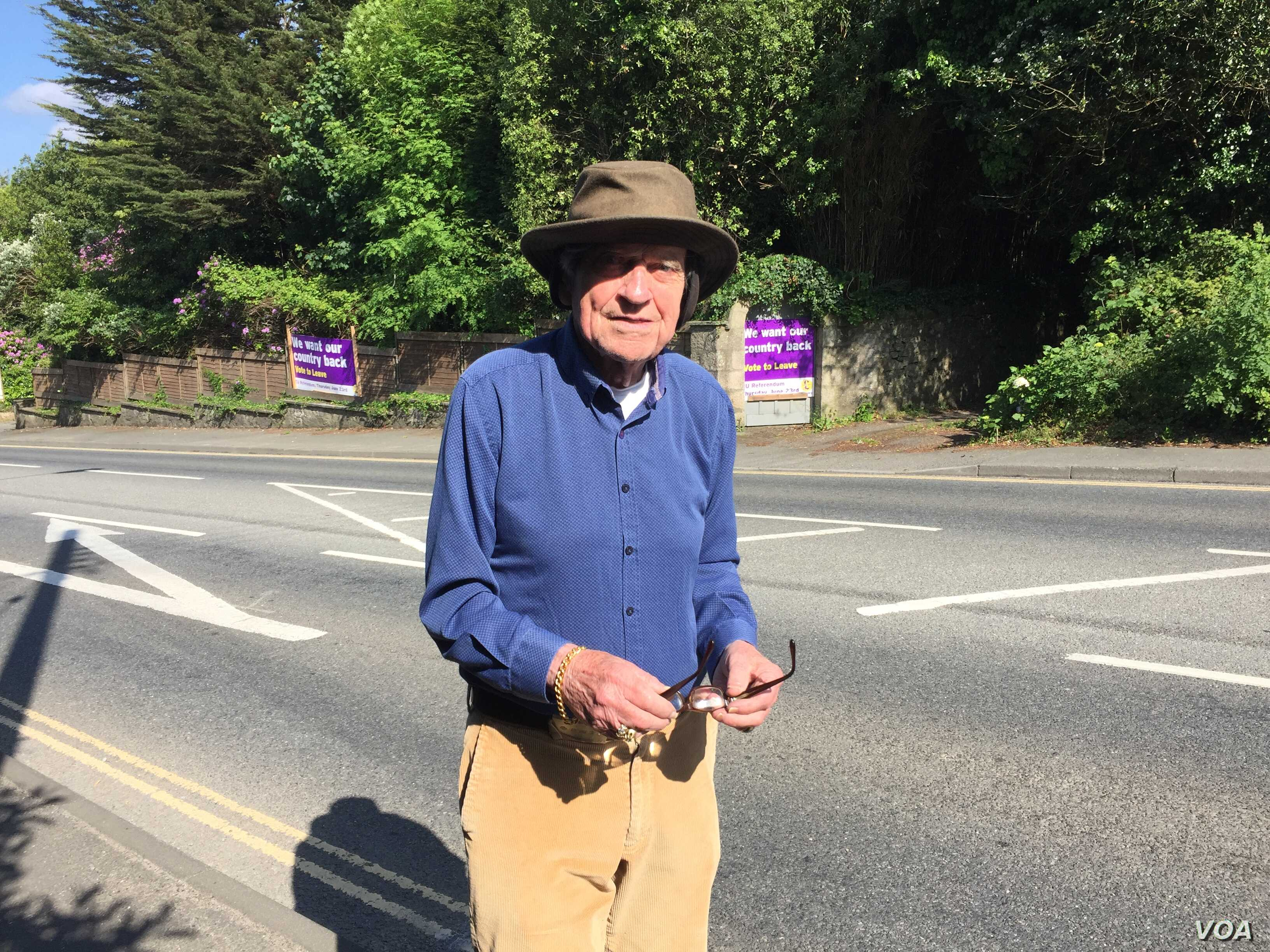 John Hodgson, 78, sees the Brexit vote as a matter of sovereignty. Vivid memories of World War II help shape his view that German influence in the EU is a threat to Britain. (L. Ramirez/VOA)