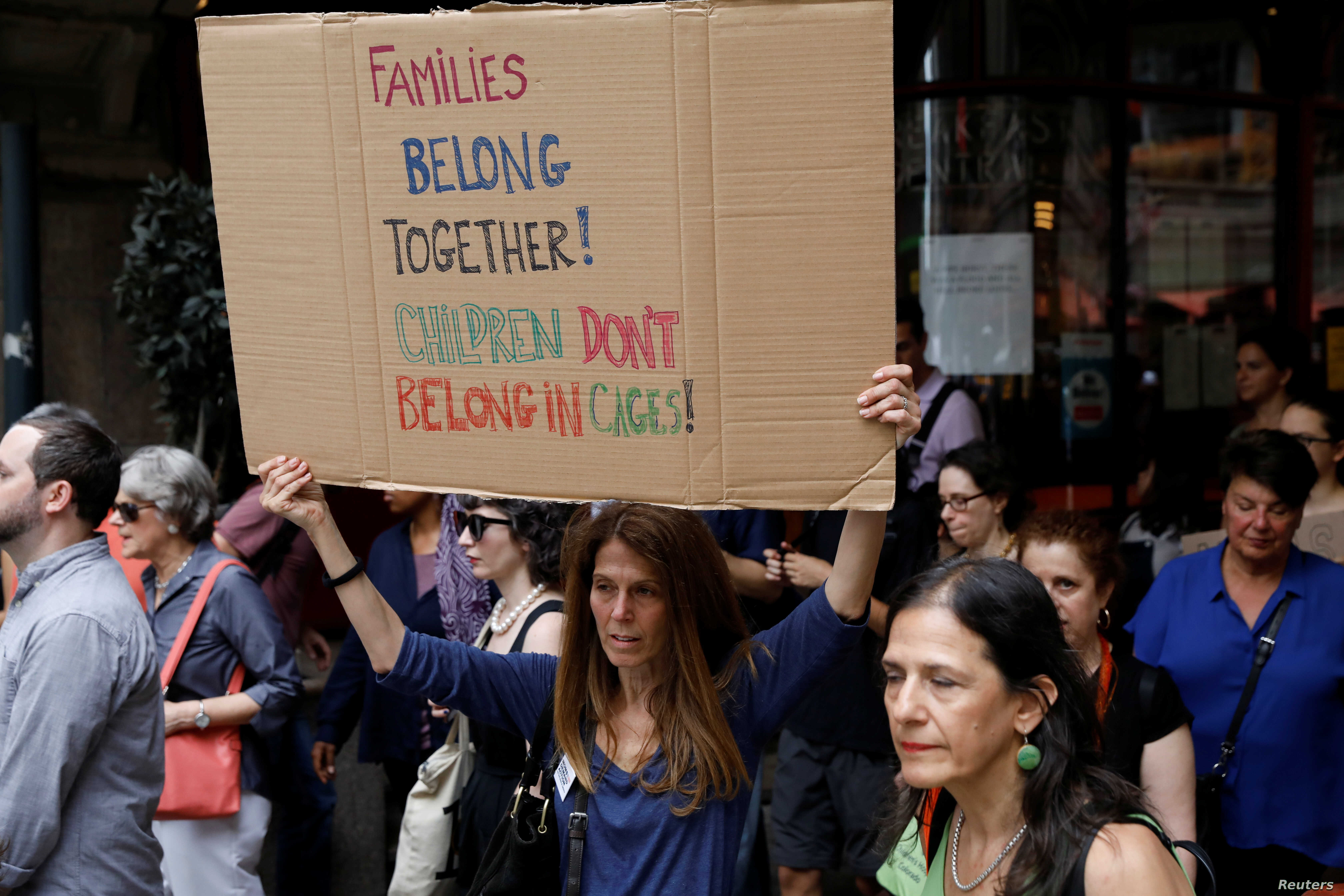 People protest against the Trump administration policy of separating immigrant families suspected of illegal entry, in New York, June 20, 2018.