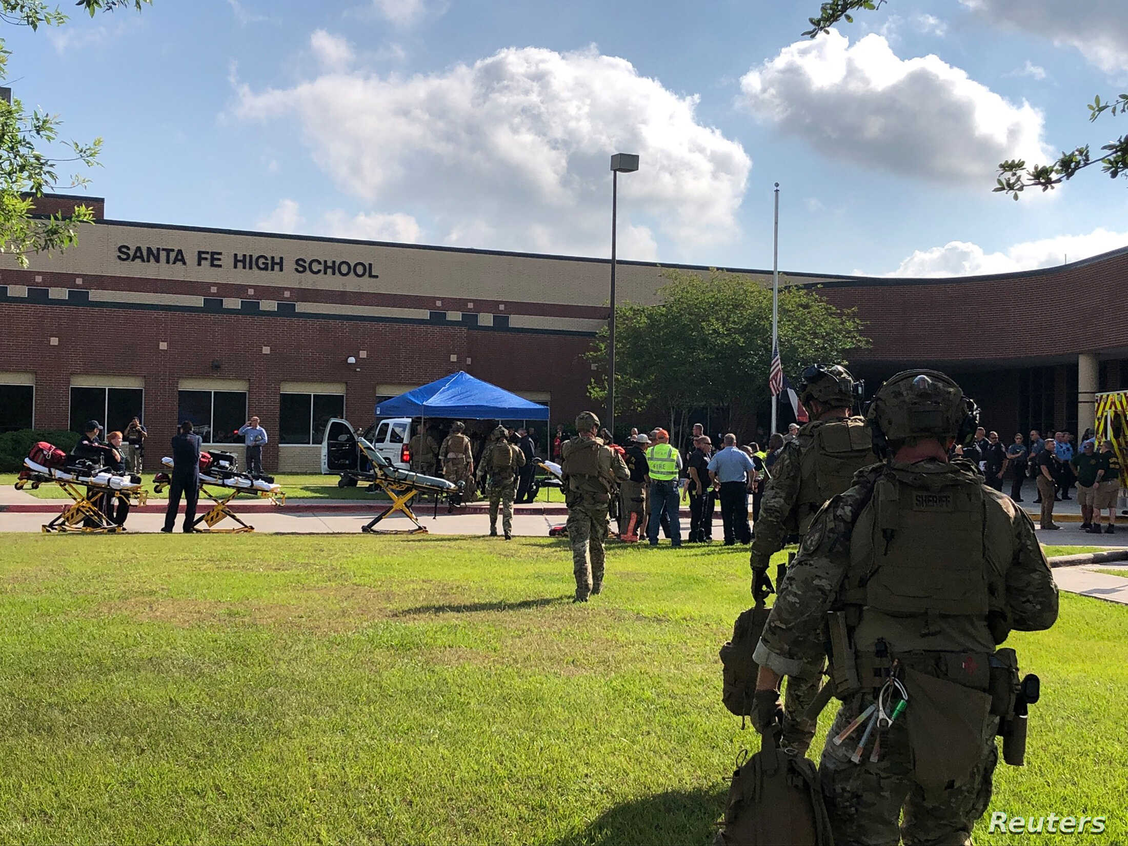 10 Killed in Texas School Shooting | Voice of America - English