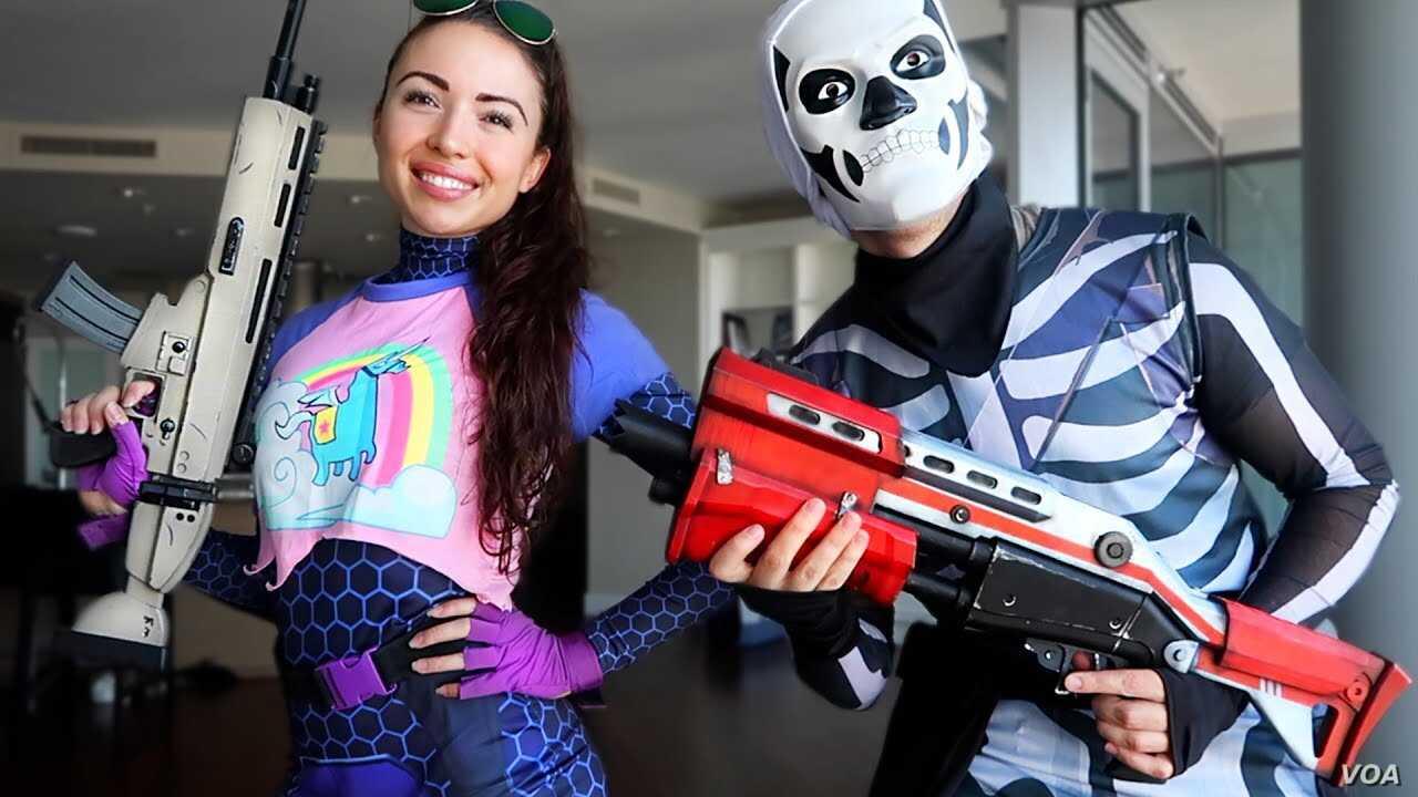 Fortnite Halloween Costumes 2019.Video Game Characters Superheroes Top List Of Popular