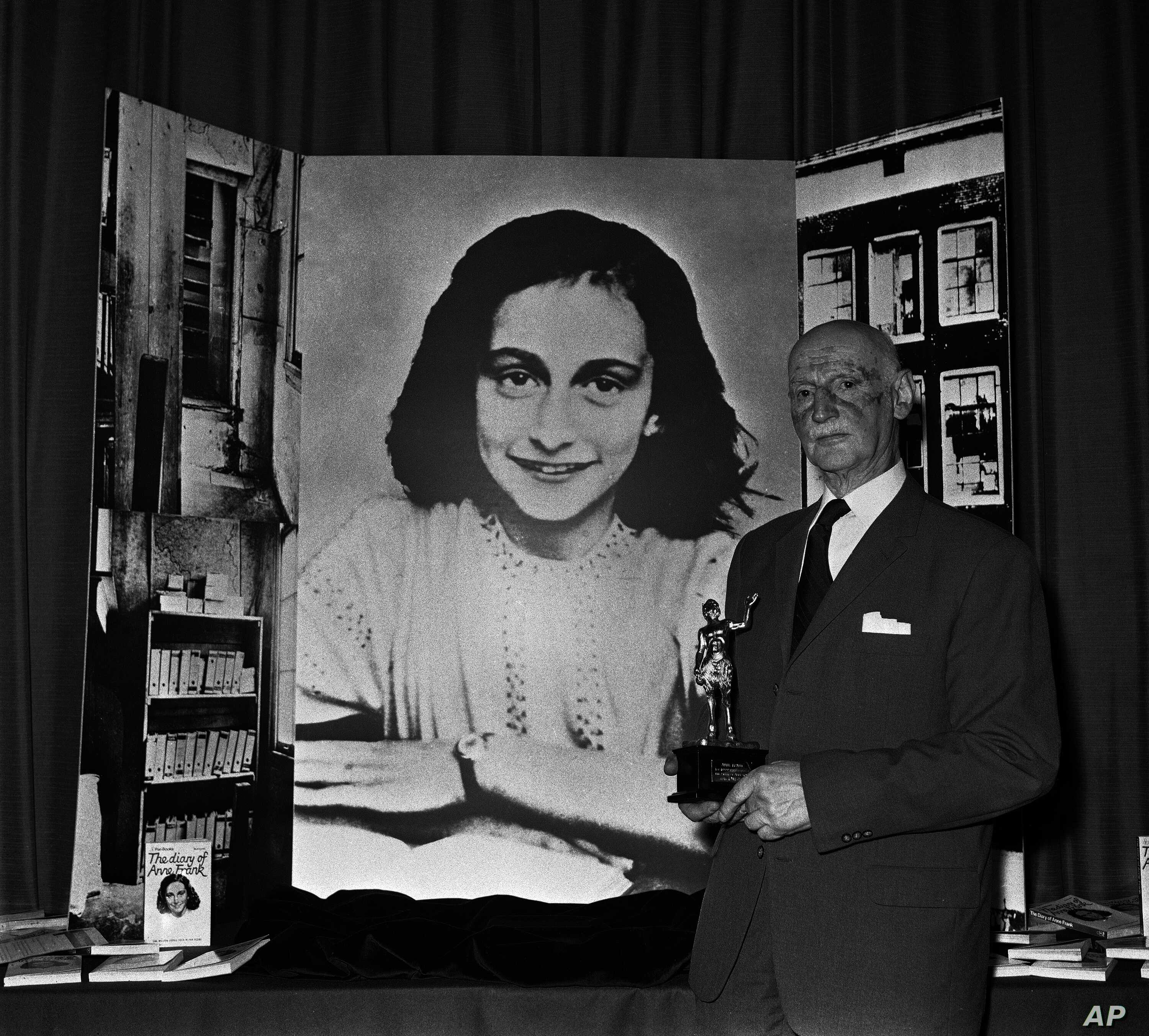 "Dr. Otto Frank holds the Golden Pan award, given for the sale of 1 million copies of ""The Diary of Anne Frank,"" June 14, 1971 in London. Dr. Frank is the family's only survivor."