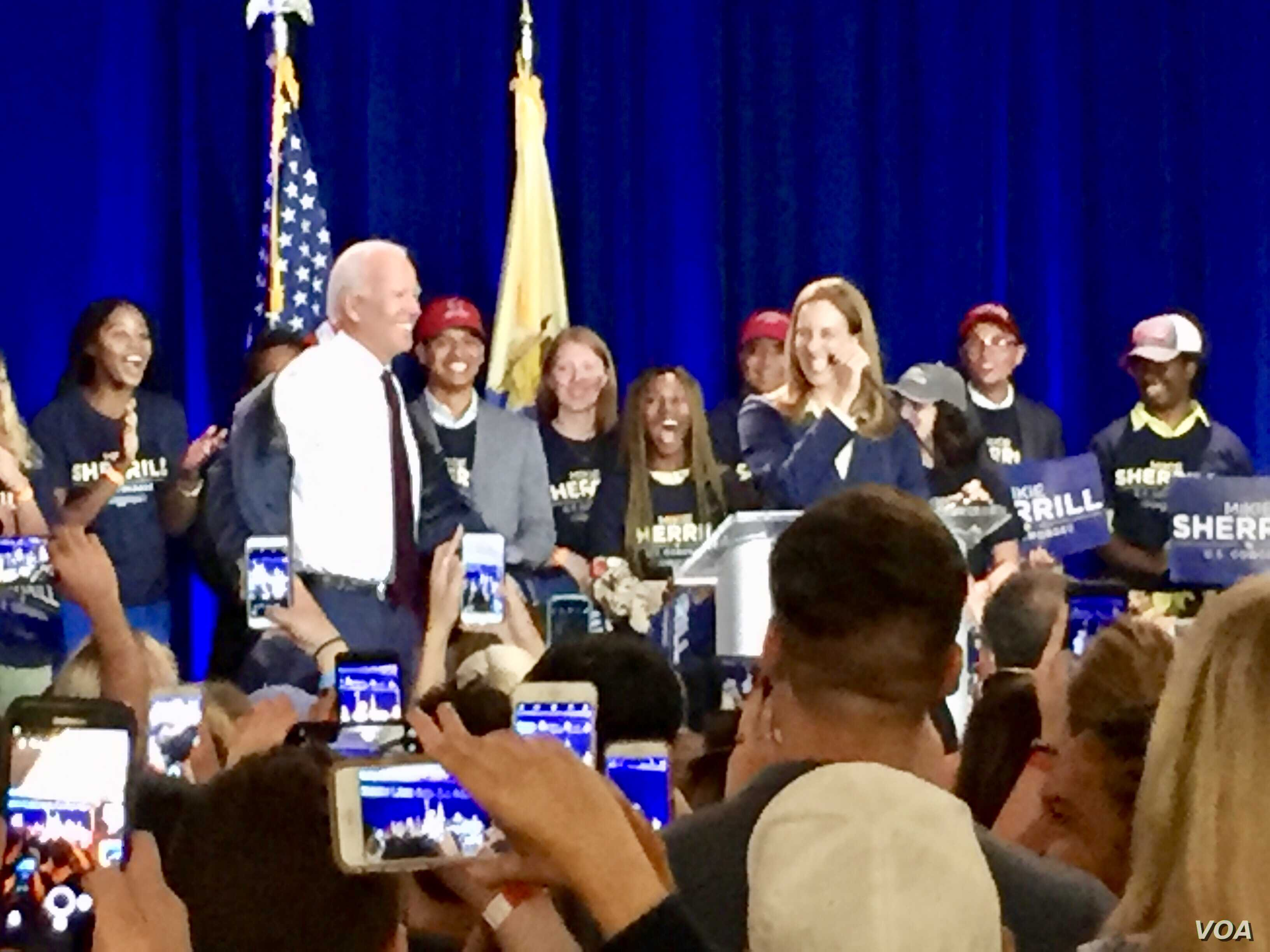 Former Vice President Joe Biden campaigned with Mikie Sherrill a New Jersey Democratic candidate for Congress. Sherrill, a former Navy helicopter pilot and federal prosecutor, is running for an open seat in a tight race. (C. Presutti/VOA)