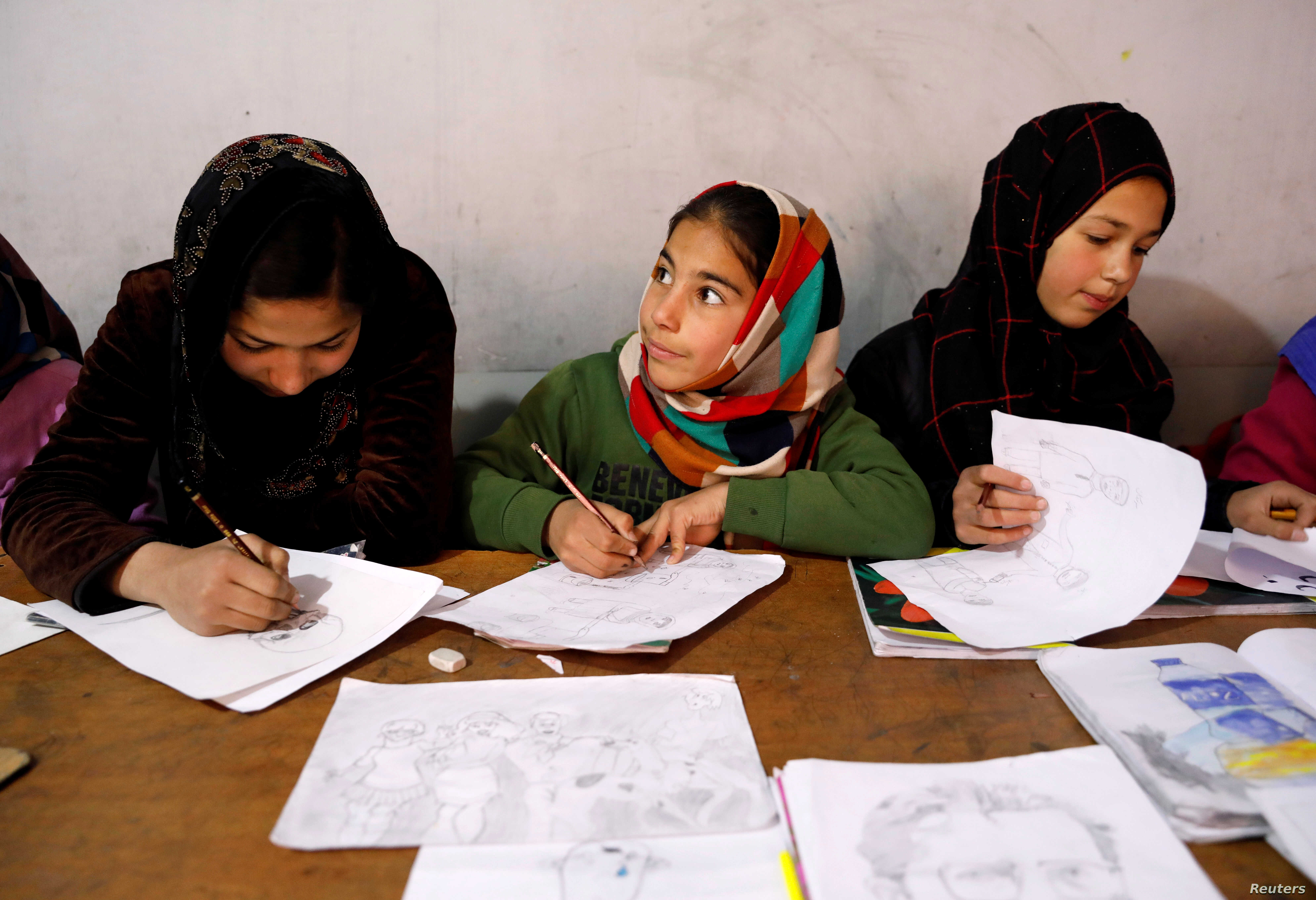 Afghan girls attend a class at the Aschiana center in Kabul, Afghanistan March 5, 2019.