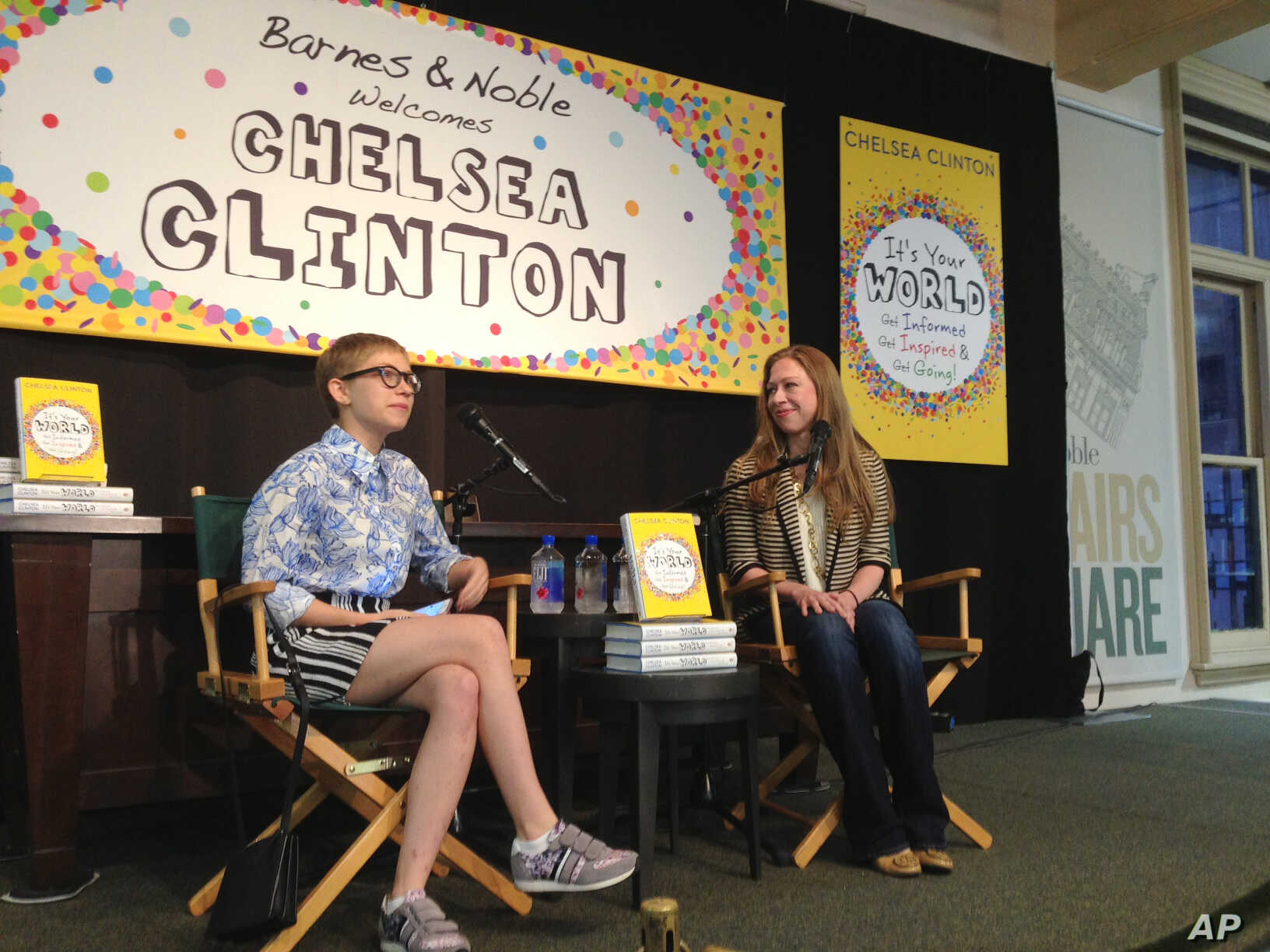 Chelsea Clinton, right, speaks with teen actress, author and magazine publisher Tavi Gevinson on Sept. 15, 2015, in New York.