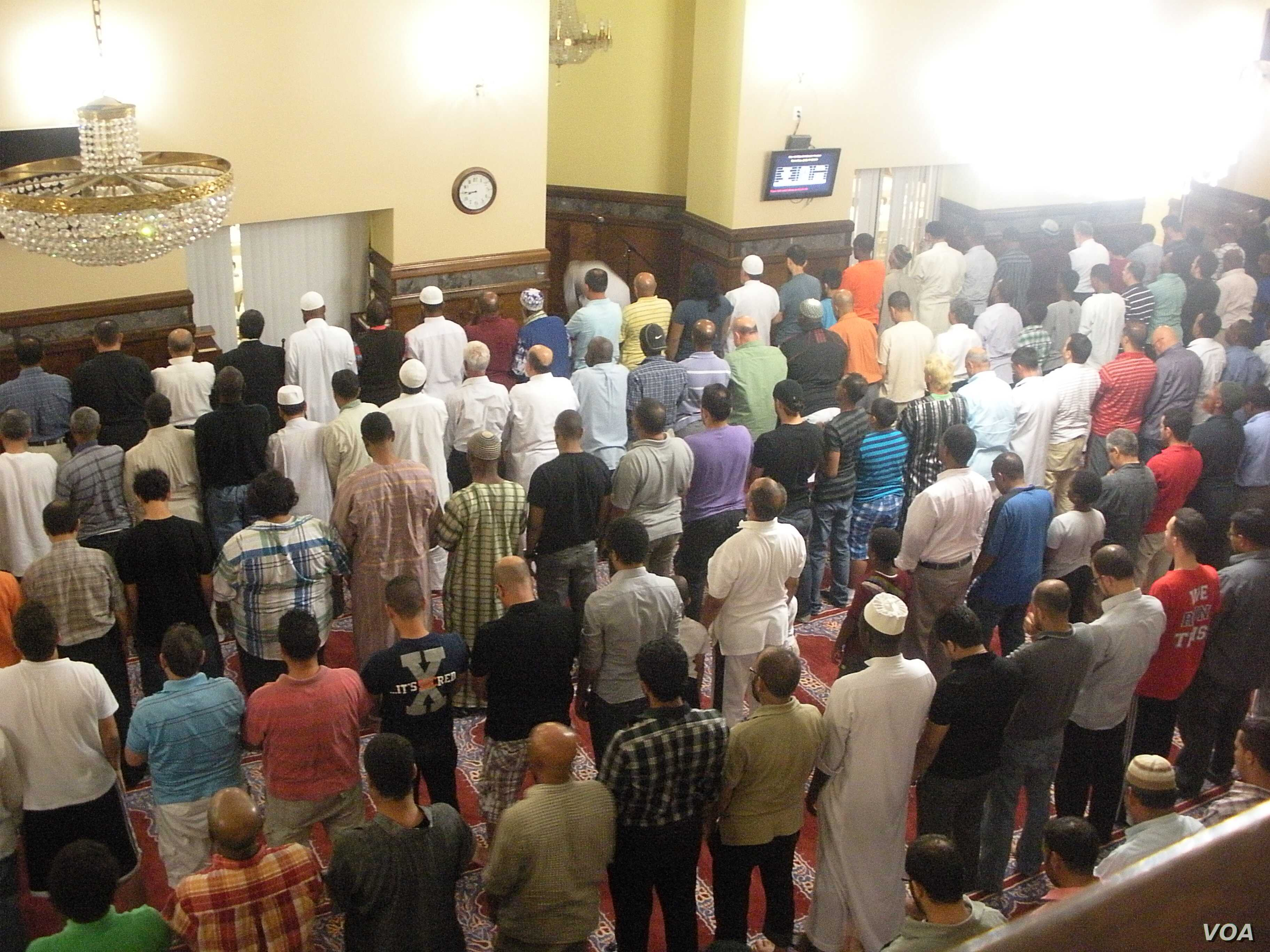 Mosques in America Work to Fight Radicalization of Youth