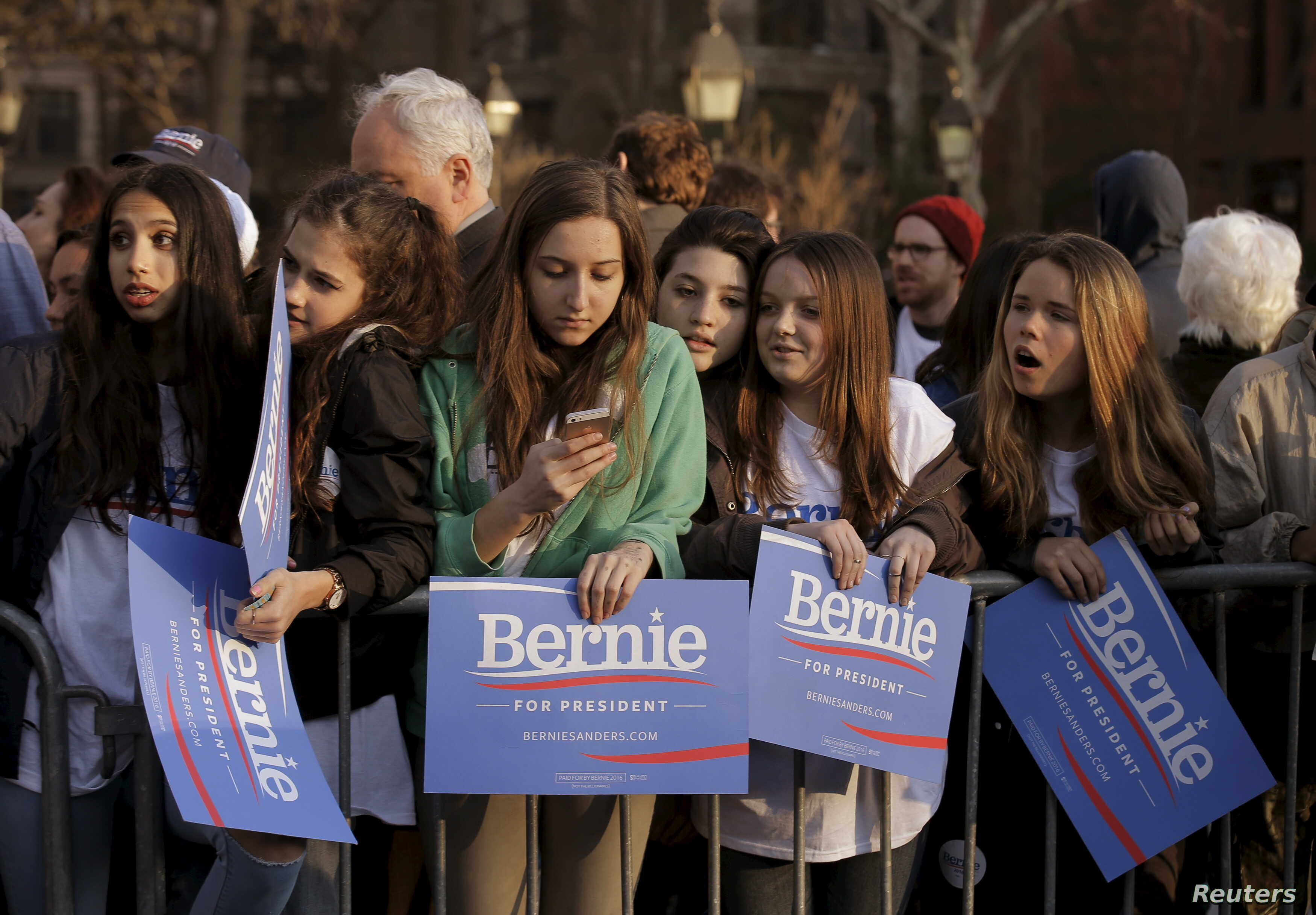 Supporters gather at a campaign rally for Democratic presidential candidate Bernie Sanders in Washington Square Park in the Greenwich Village neighborhood of New York, April 13, 2016.