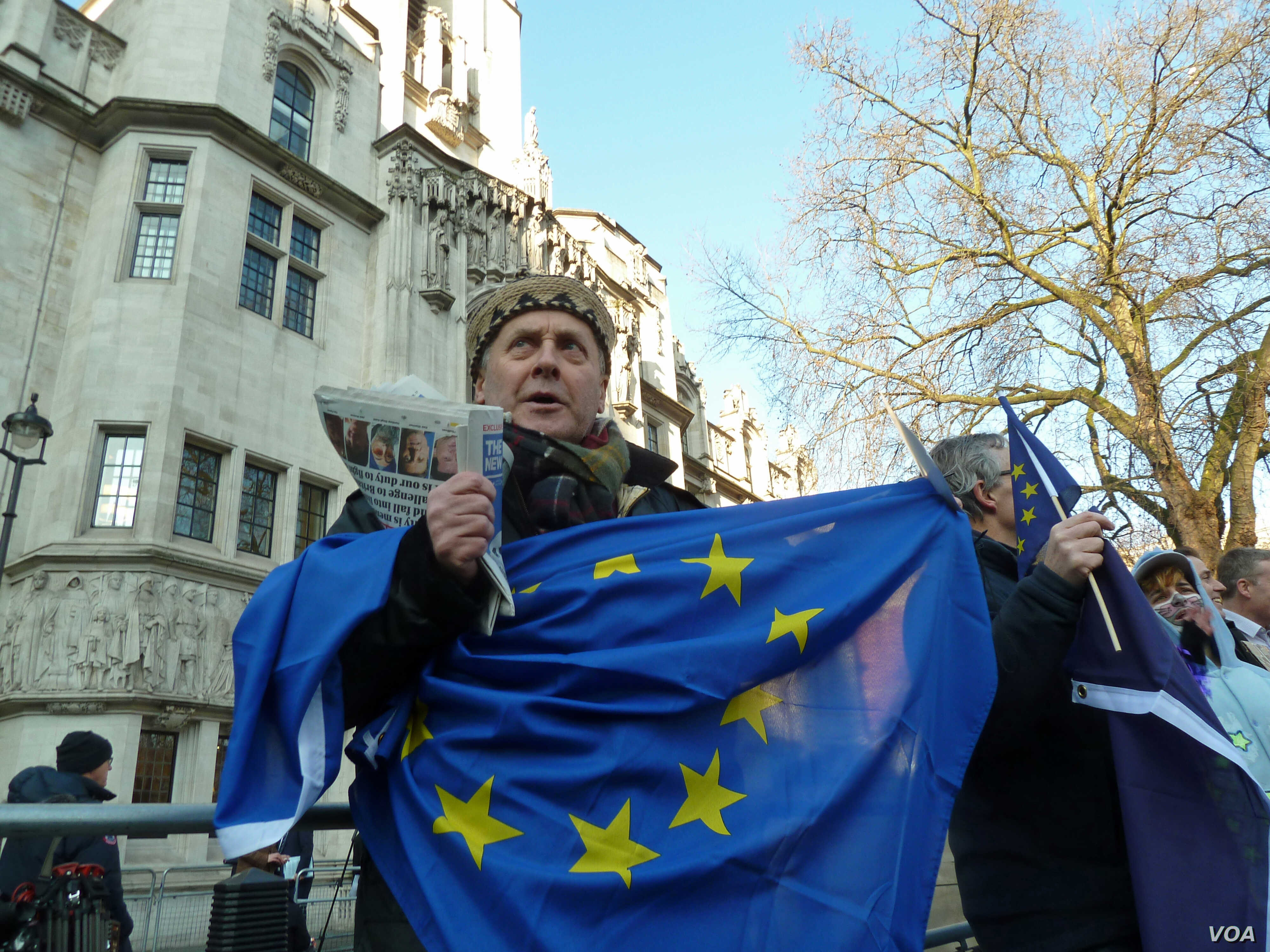 """Kirker Anti-Brexit demonstrator Richard Kirker says """"Our prime minister thought, shamefully, that she had a mandate to impose on parliament and to use her conservative majority to take us out of Europe."""" (J. Godman/VOA)"""