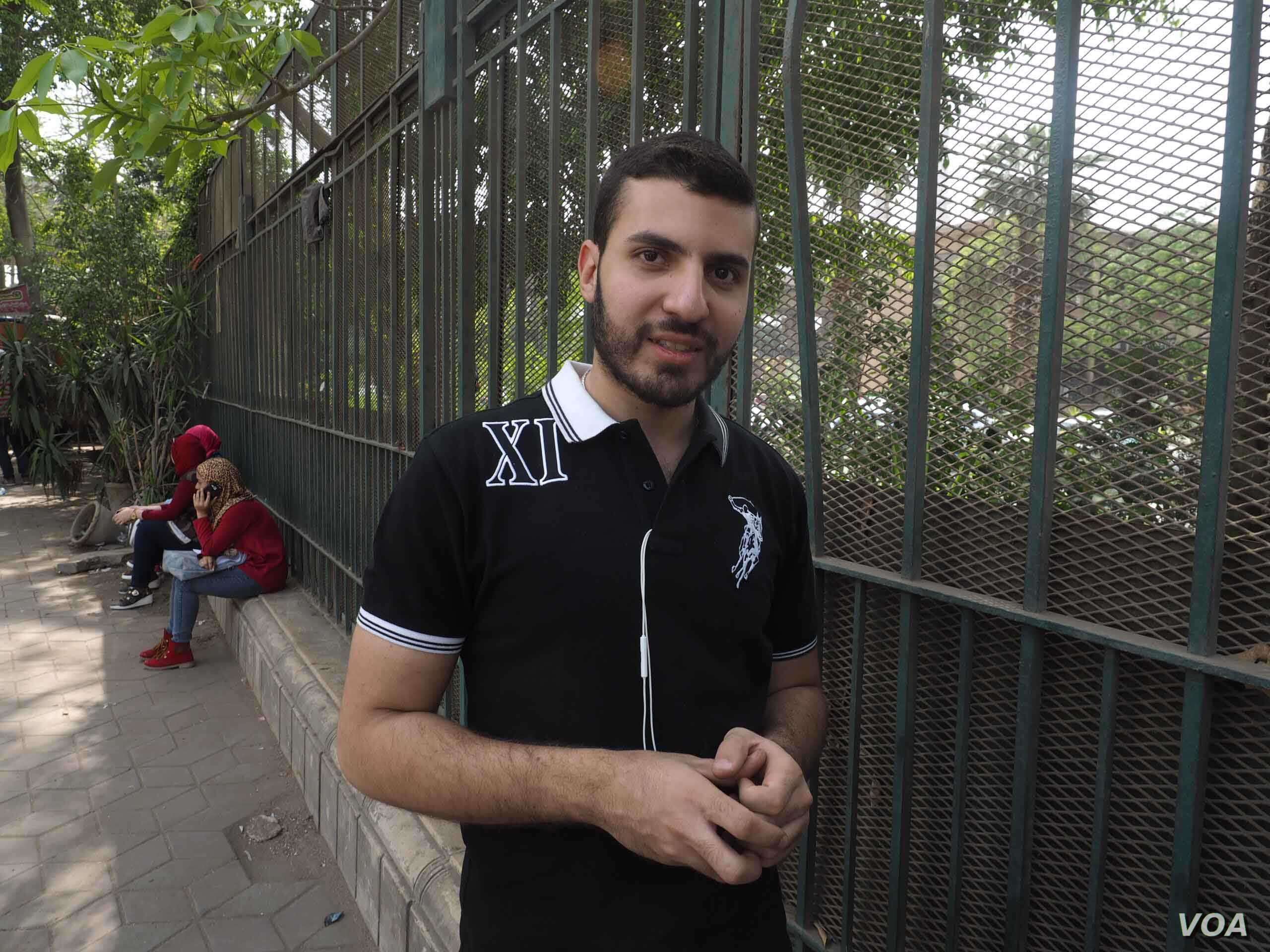 Some young men like Khaled, 22, say government bureaucracy is a big problem in Cairo, April 21, 2016. (H. Elrasam/VOA)
