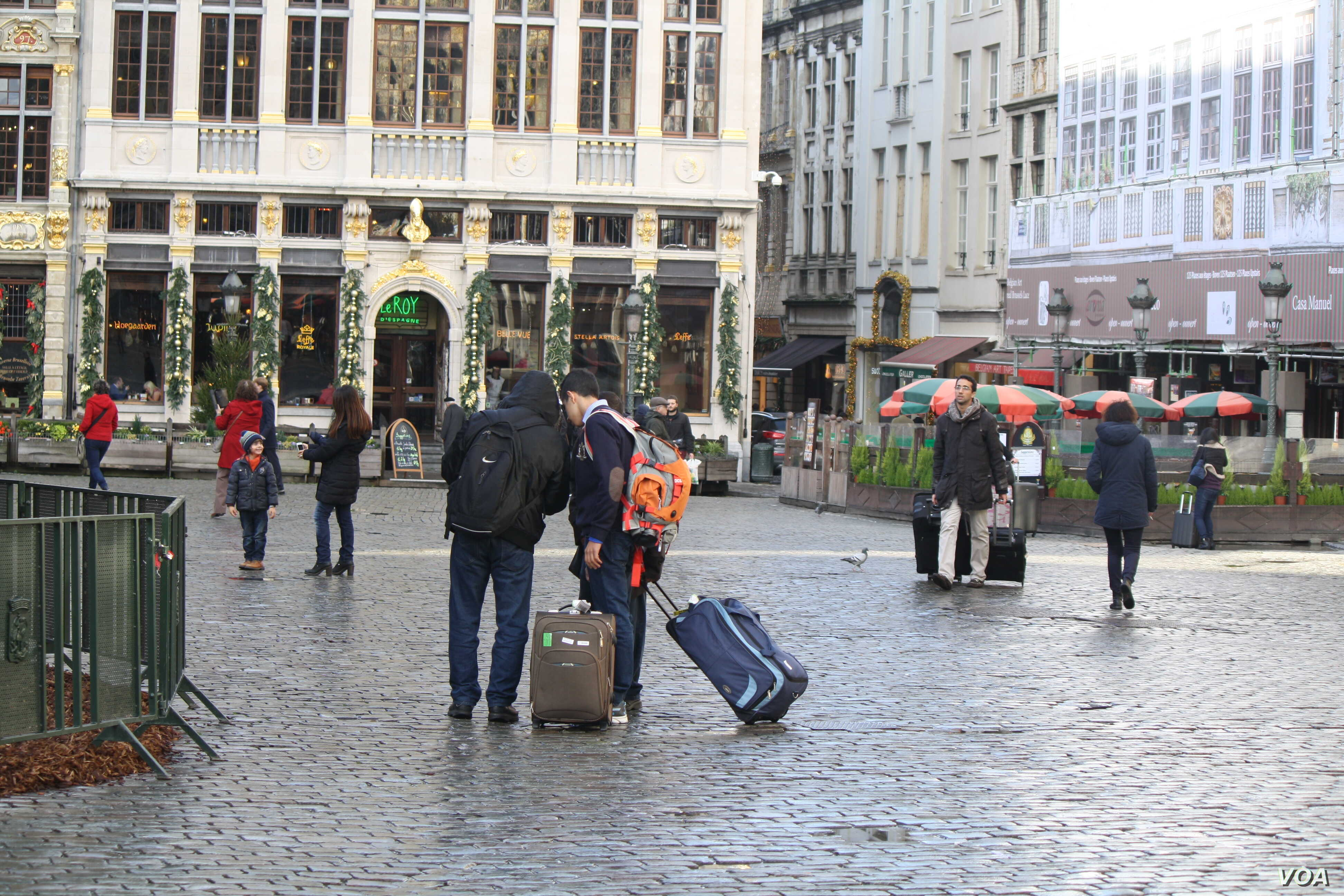 Some newly-arriving tourists on Wednesday, Nov. 25, 2015, said they had planned their trips before the terrorist threat in Brussels and even as they take in the beauty of the city, they are unsure if they should have come.  (Heather Murdock/VOA)