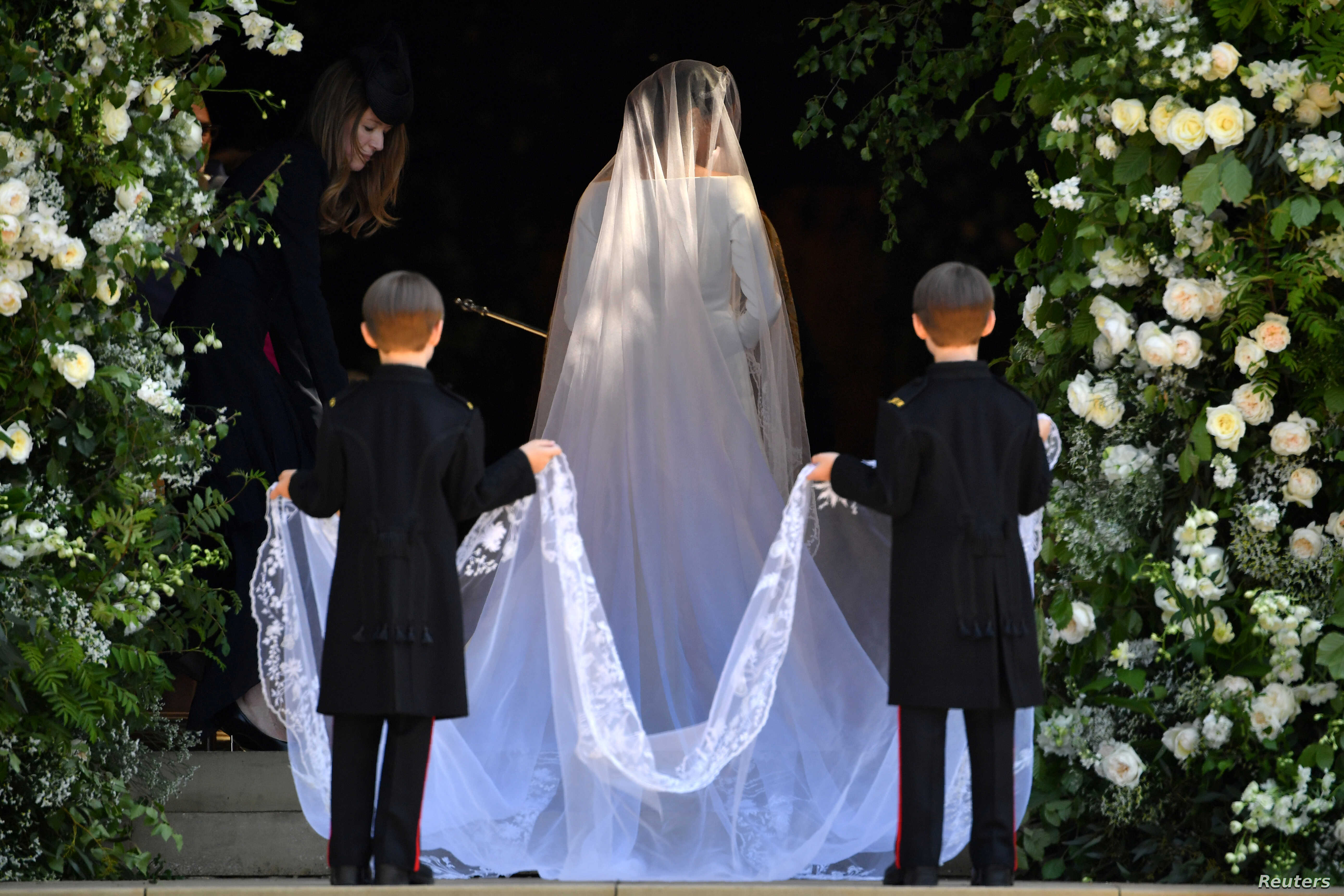 U.S. actress Meghan Markle arrives for the wedding ceremony to marry Britain's Prince Harry, Duke of Sussex, at St George's Chapel, Windsor Castle, in Windsor, Britain, May 19, 2018.