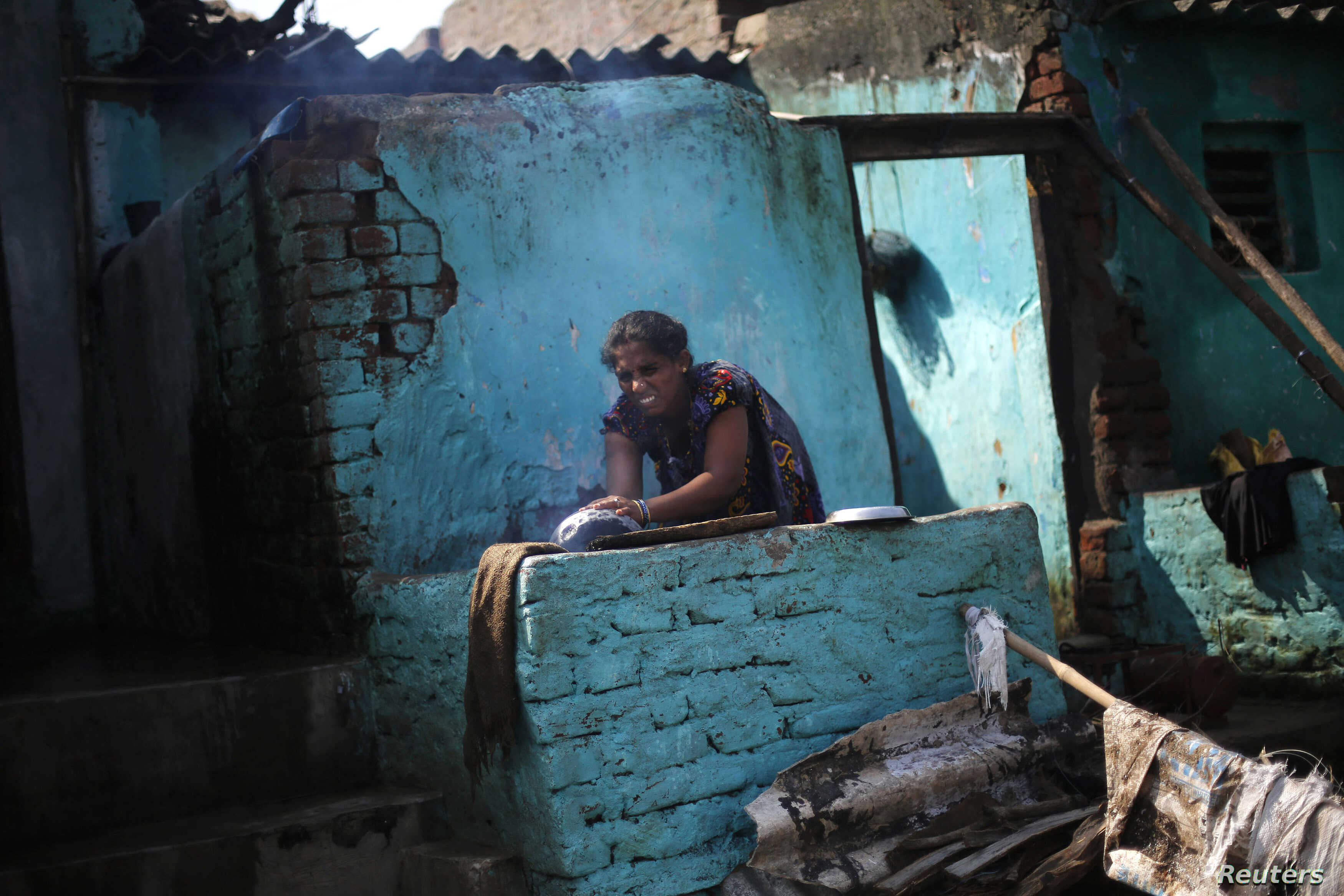 With Titles, Slum Dwellers in India Become Homeowners | Voice of