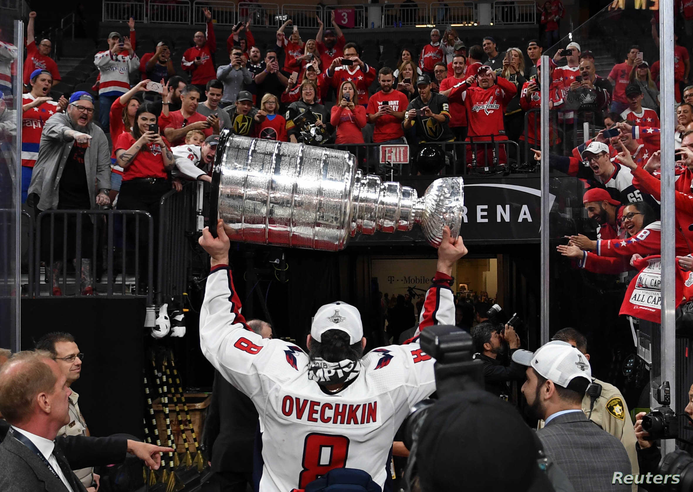 Washington Capitals Win First Stanley Cup Voice Of America English