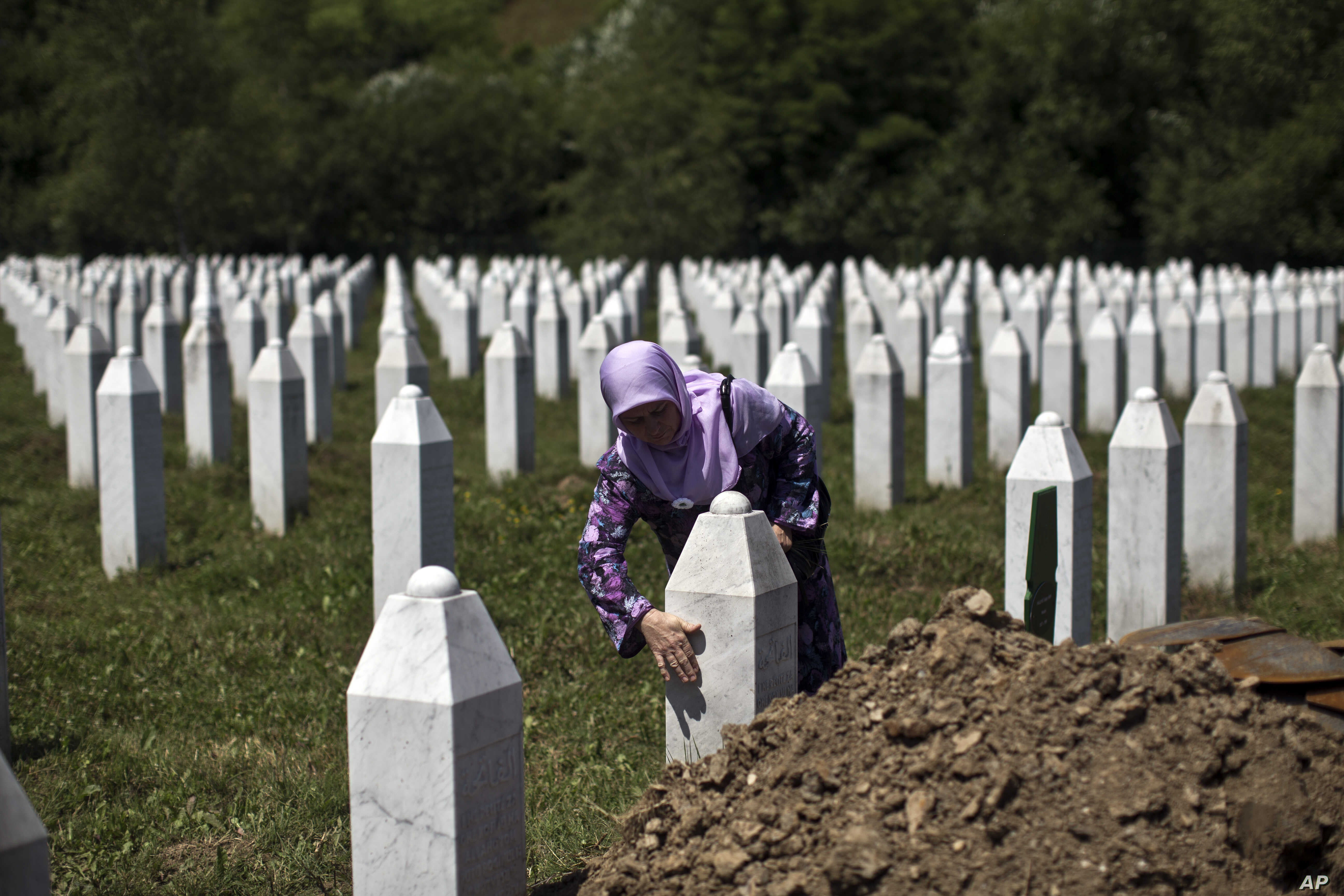 Verdict Near For Karadzic But His Legacy Remains In Bosnia