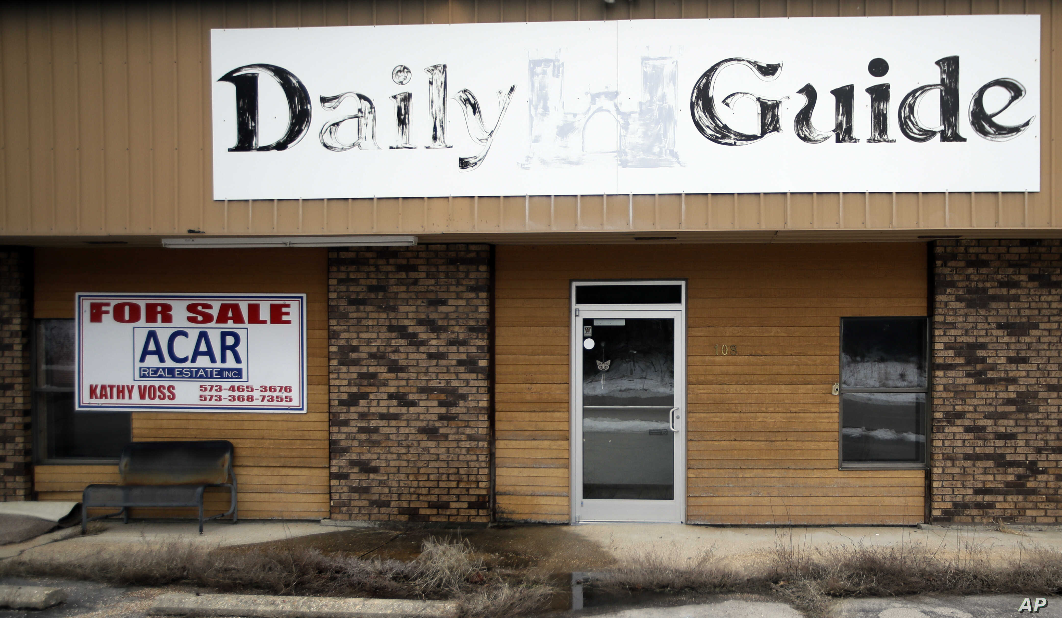 Decline in Readers, Ads Leads Hundreds of US Newspapers to Fold