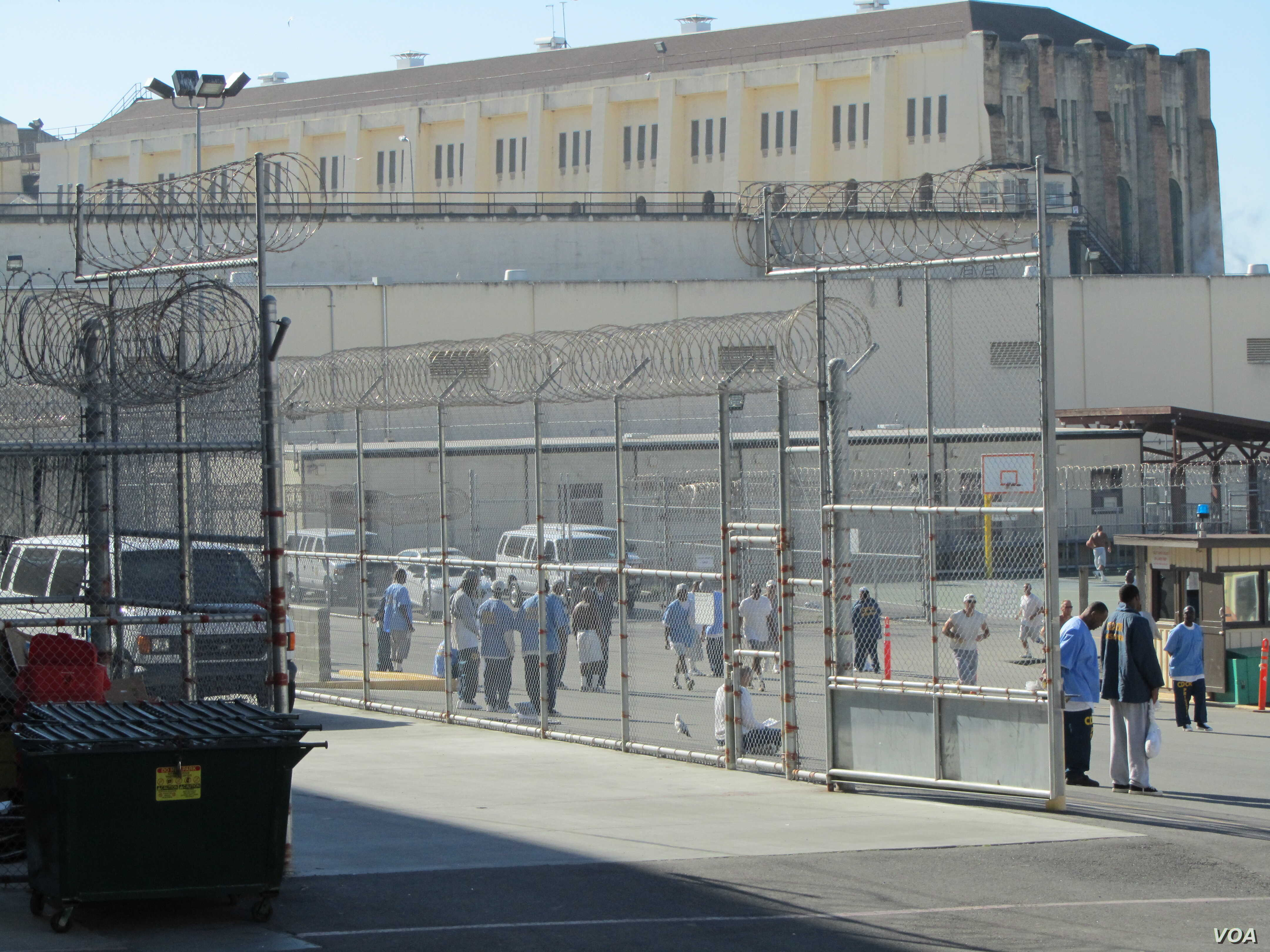 More than 4000 men are held at San Quentin State Prison, California's oldest correctional institution. (VOA / JoAnn Mar)