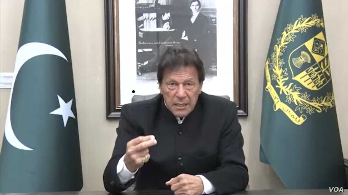A screen grab of Prime Minister Imran Khan's television address to the nation on Feb 19, 2019.
