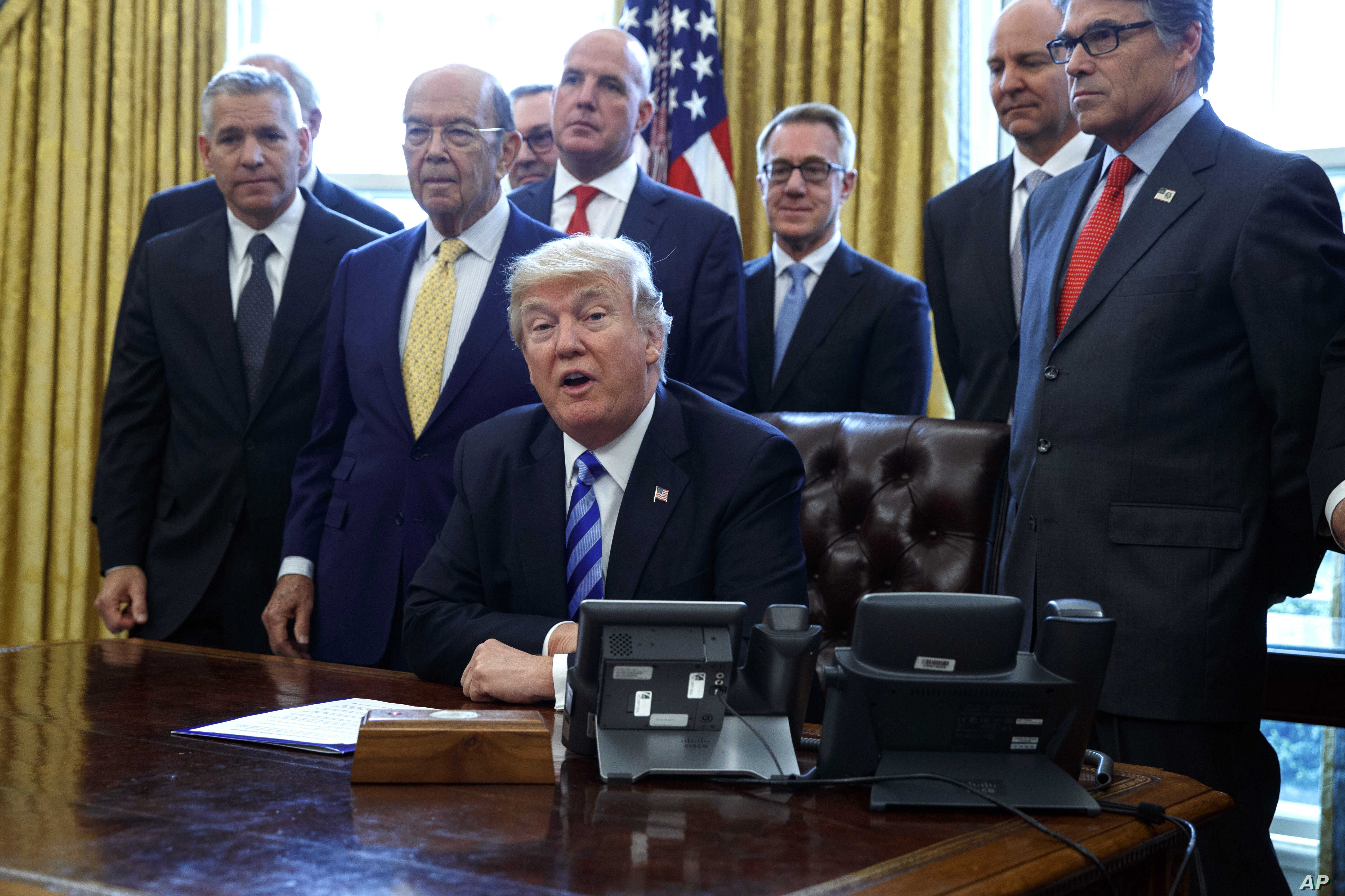 Trump Wields Presidential Power on Pipeline, Energy Projects | Voice