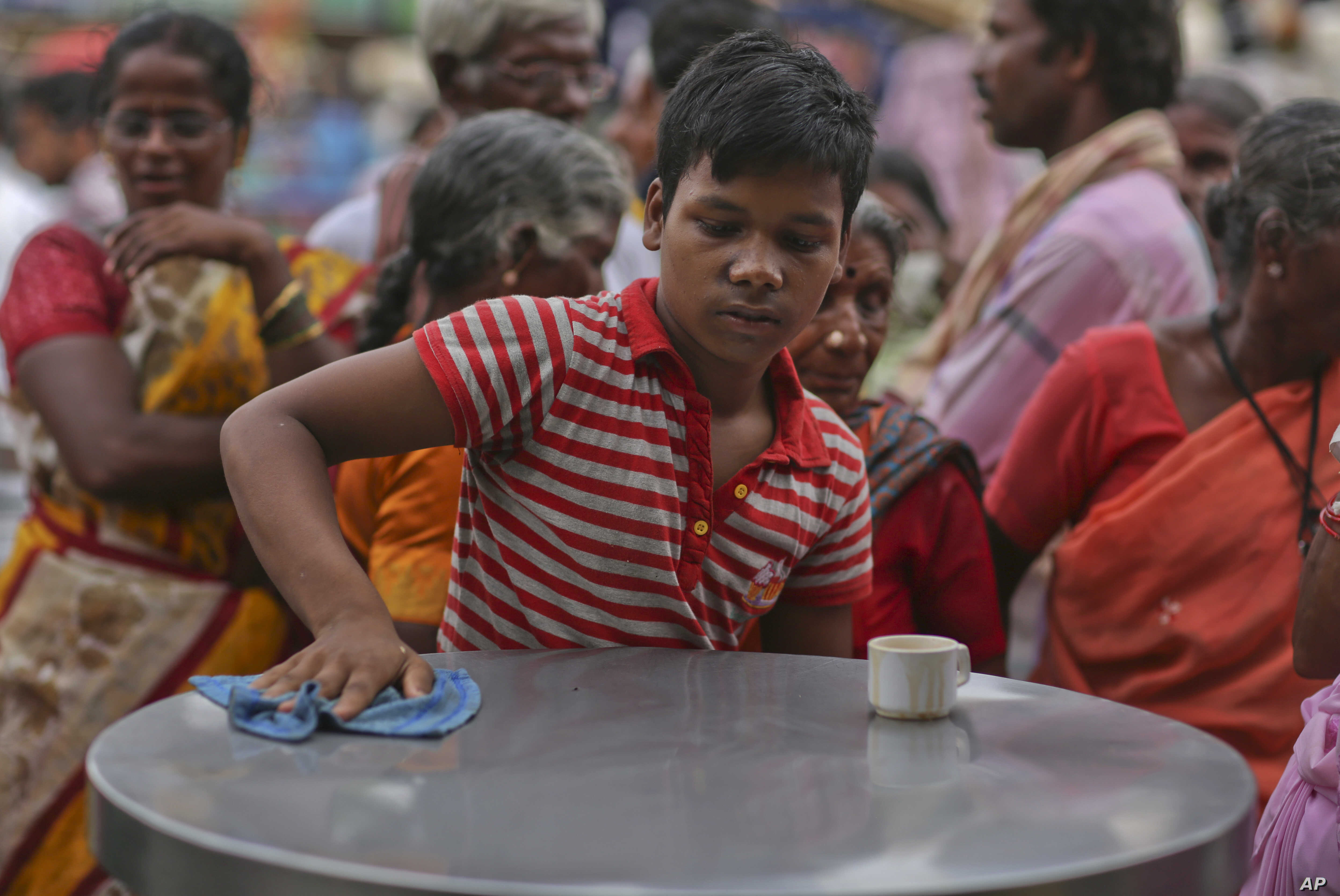 Child Labor Rising Sharply in India's Cities, Report Says | Voice of