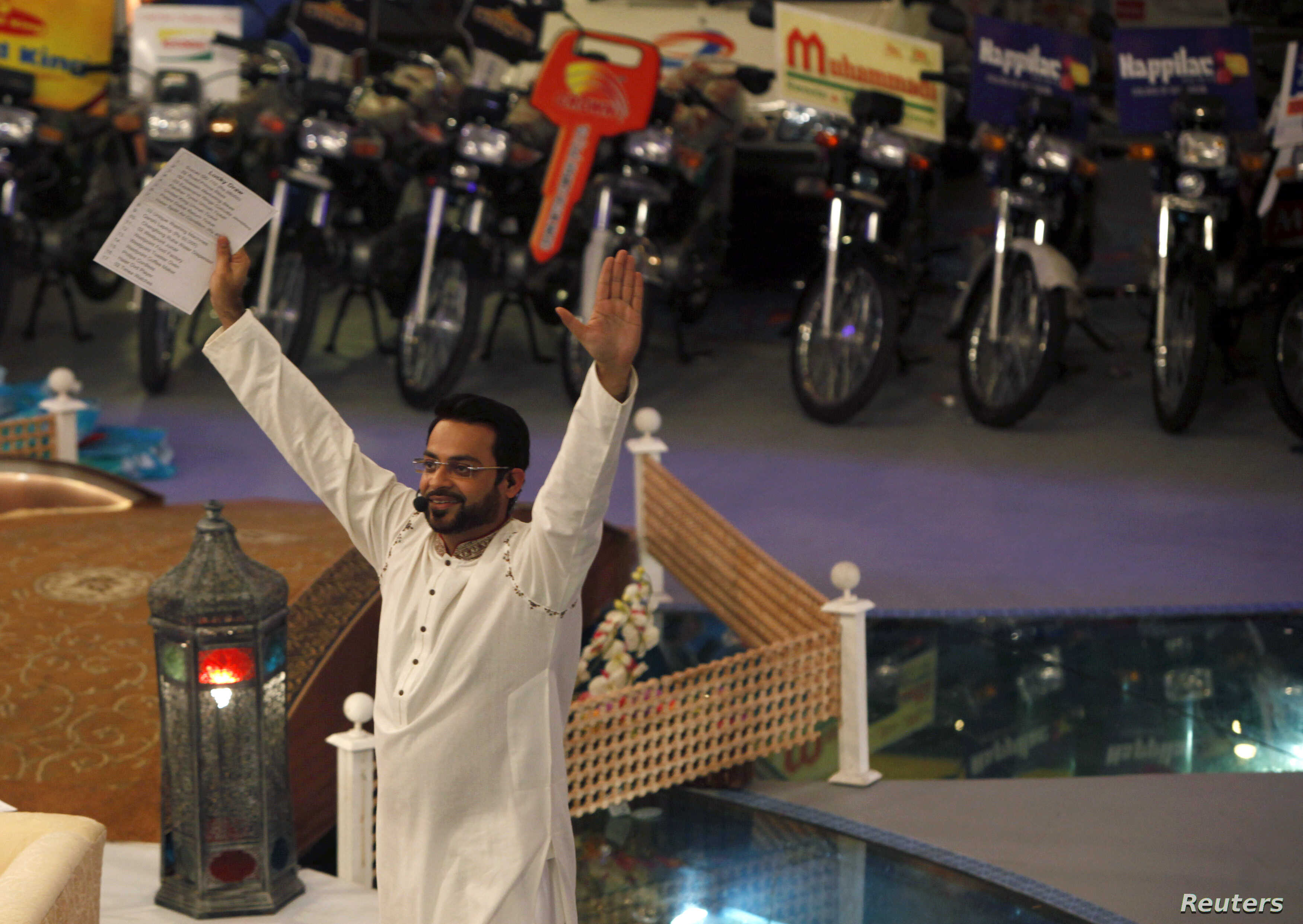 Pakistan's Most Popular TV Station Forced Off Air Amid