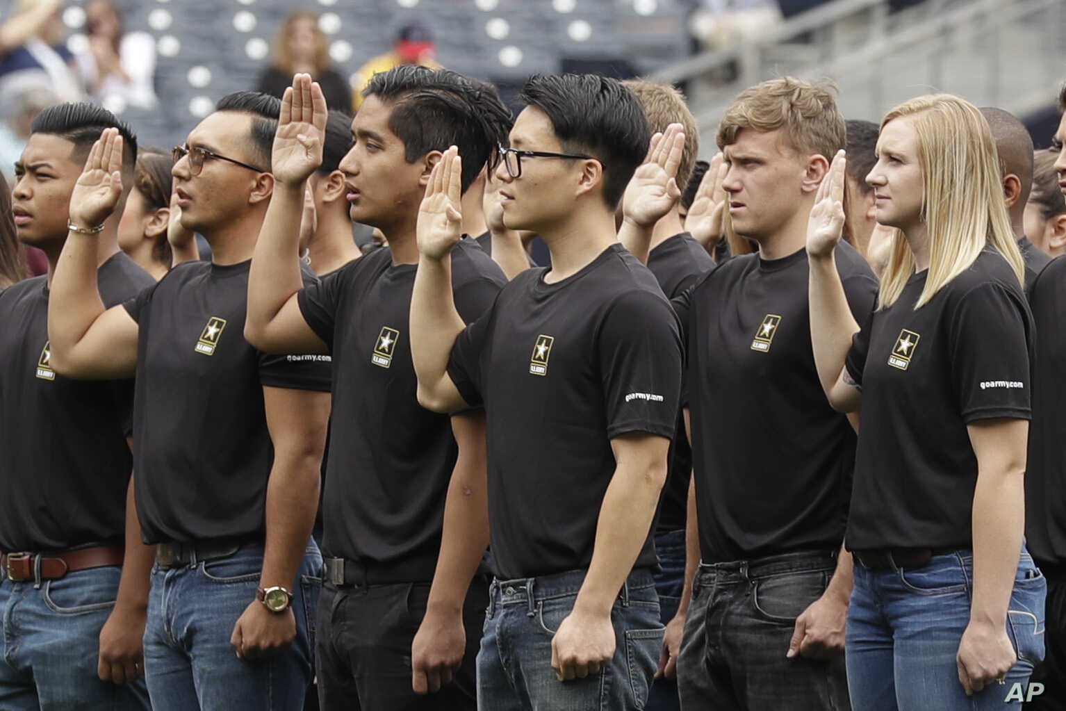 Army Misses 2018 Recruiting Goal | Voice of America - English