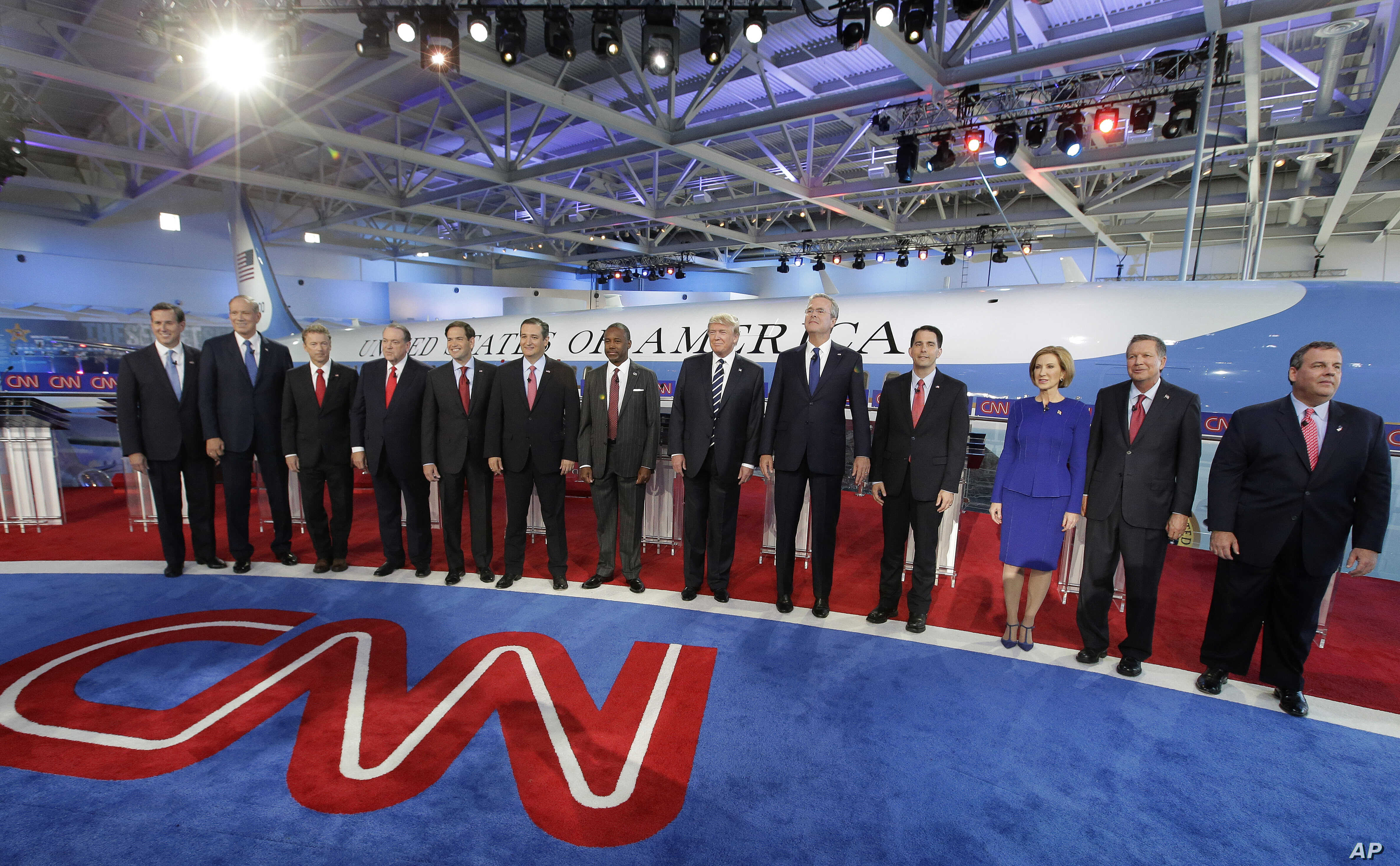Republican presidential candidates take the stage during the CNN Republican presidential debate at the Ronald Reagan Presidential Library and Museum in Simi Valley, California, Sept. 16, 2015.