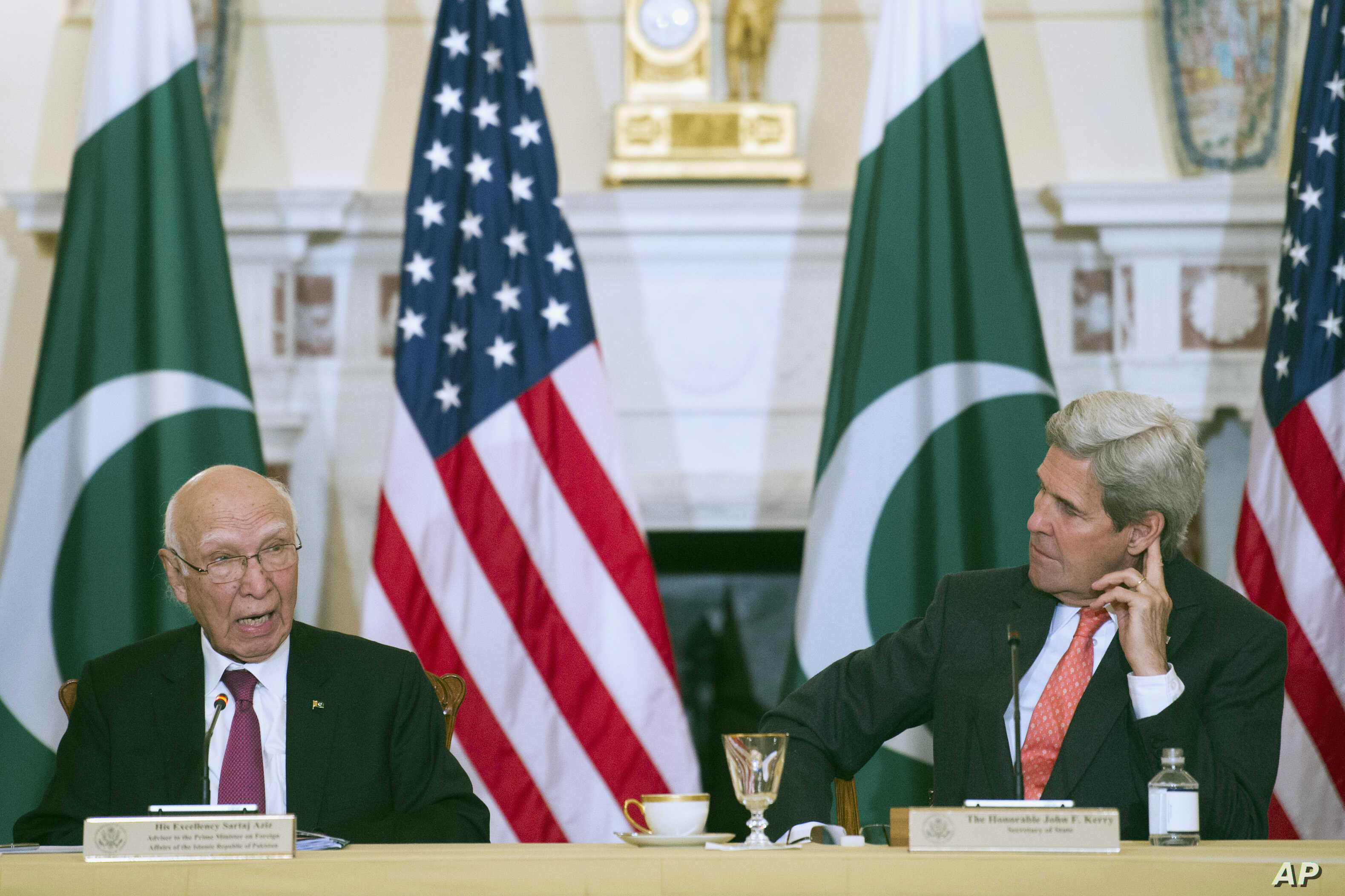 Secretary of State John Kerry and Pakistan Foreign Affairs Adviser Sartaj Aziz, participate in the U.S.-Pakistan Strategic Dialogue meeting at the State Department  in Washington, Feb. 29, 2016.