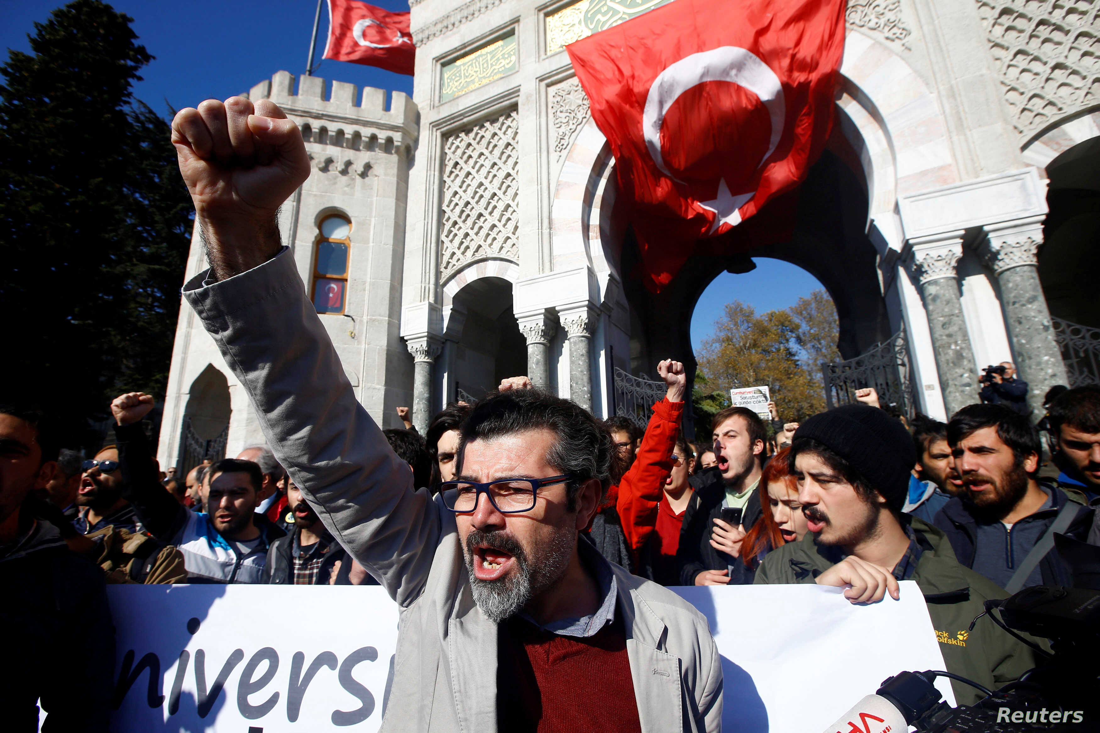 Demonstrators protest against a purge of thousands of education staff since an attempted coup in July in front of the Istanbul University, November 3, 2016. On Wednesday, November 9, 2016, it was announced that Turkish judge Aydin Sedaf Akay has been